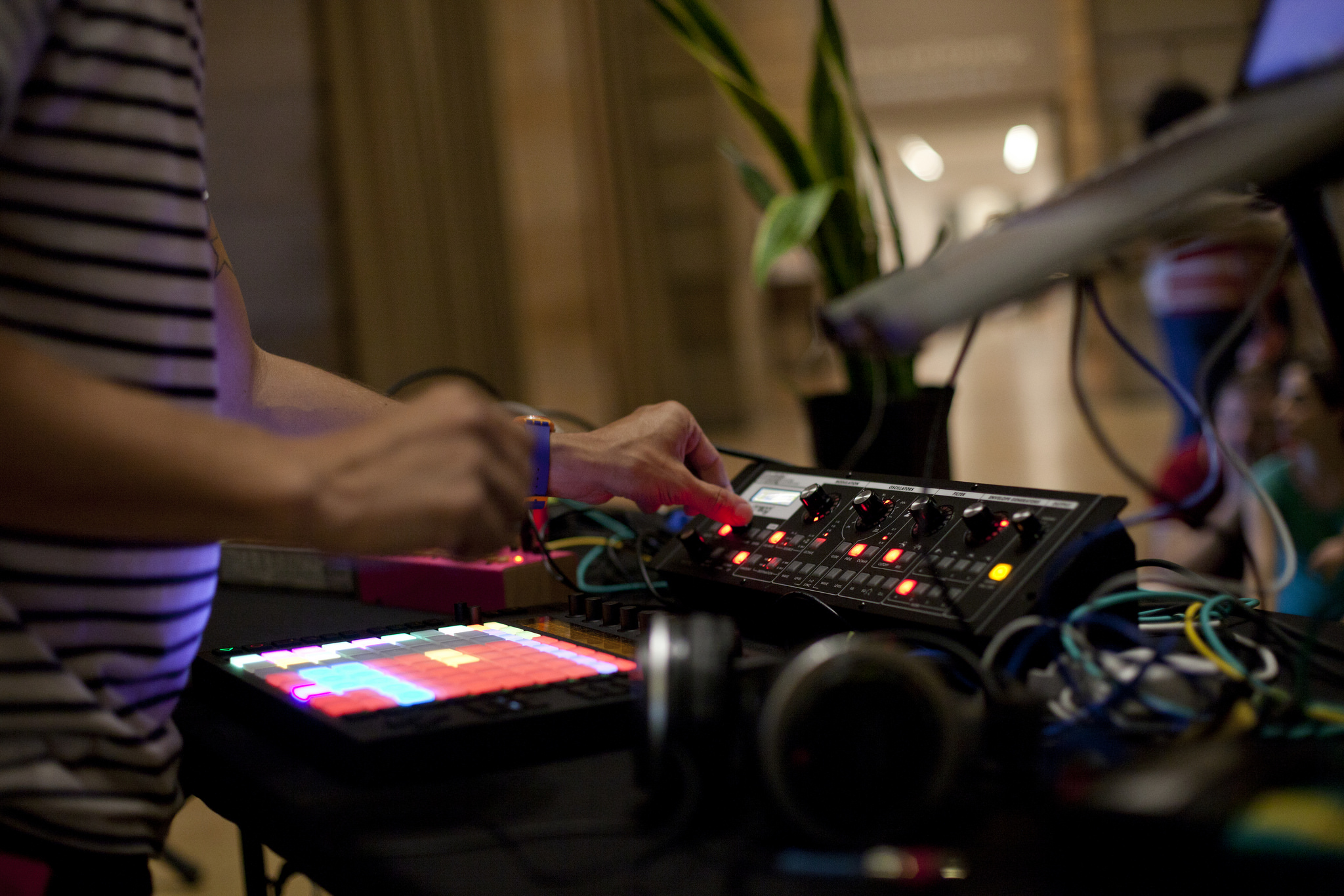 Live at the Philadelphia Museum Of Art Aug 2nd, 2014 for Data Garden's Art Splash Event
