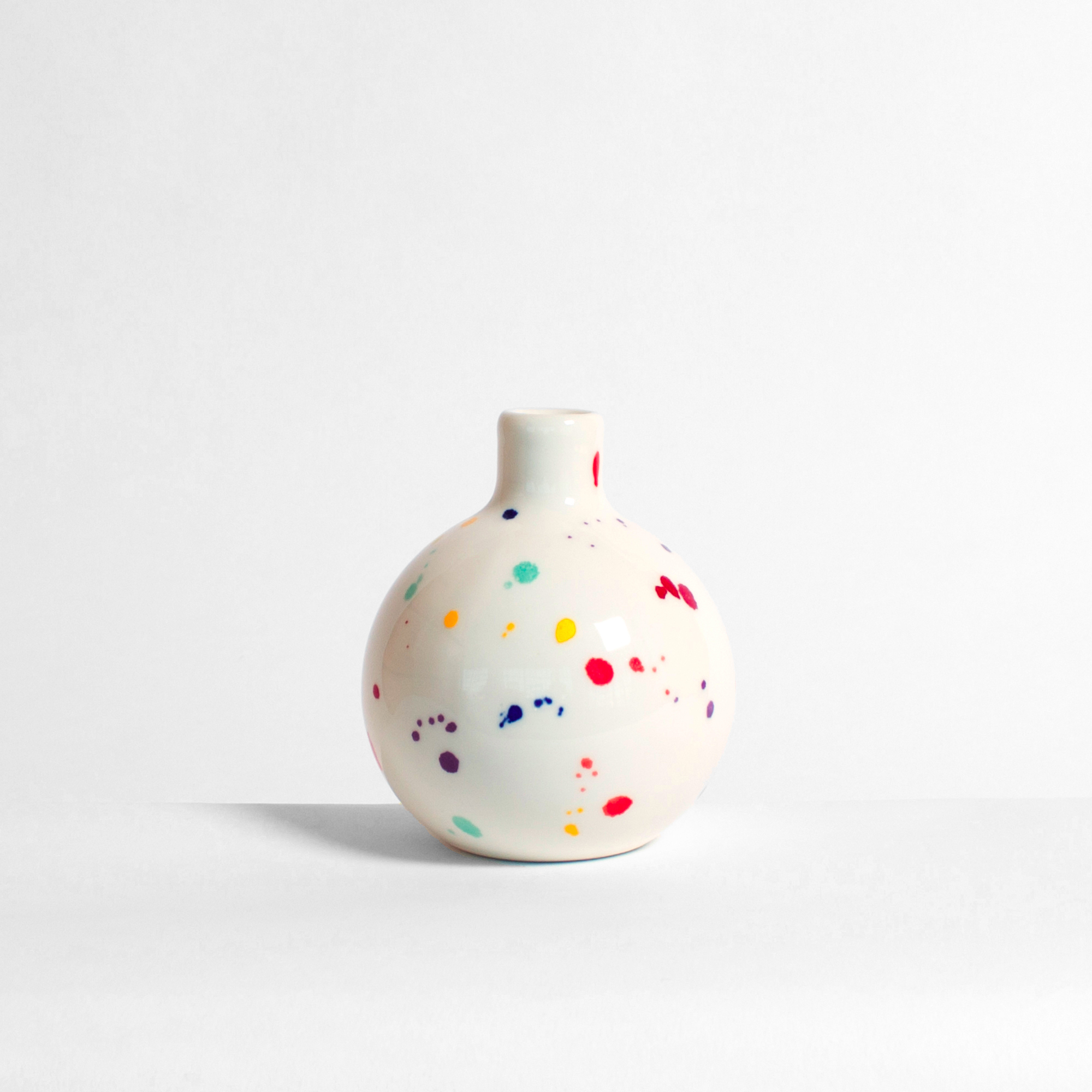 AD_Vase.jpg