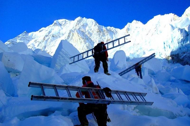 icefall-docs-everest.jpg