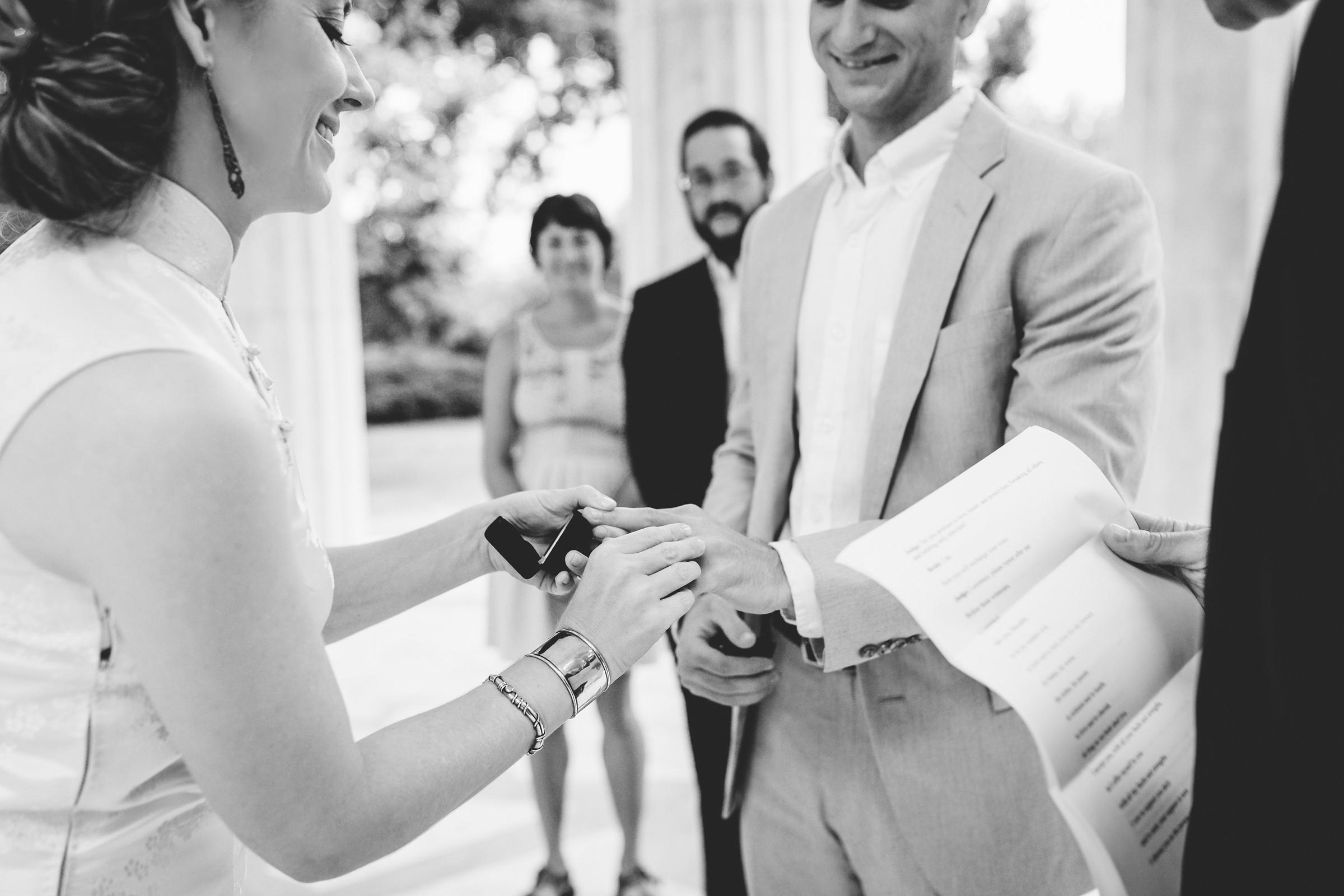 Kentucky_Candid_Wedding_Photographer_74.jpg