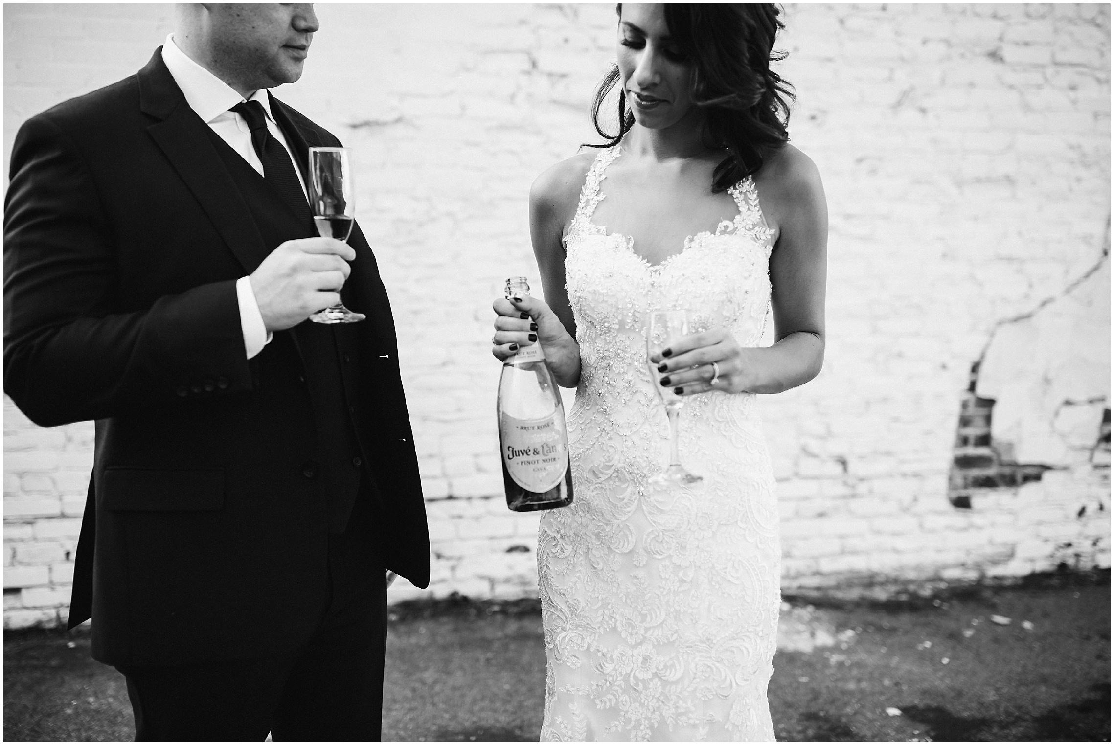 mint_museum_charlotte_wedding_photographer_0402.jpg