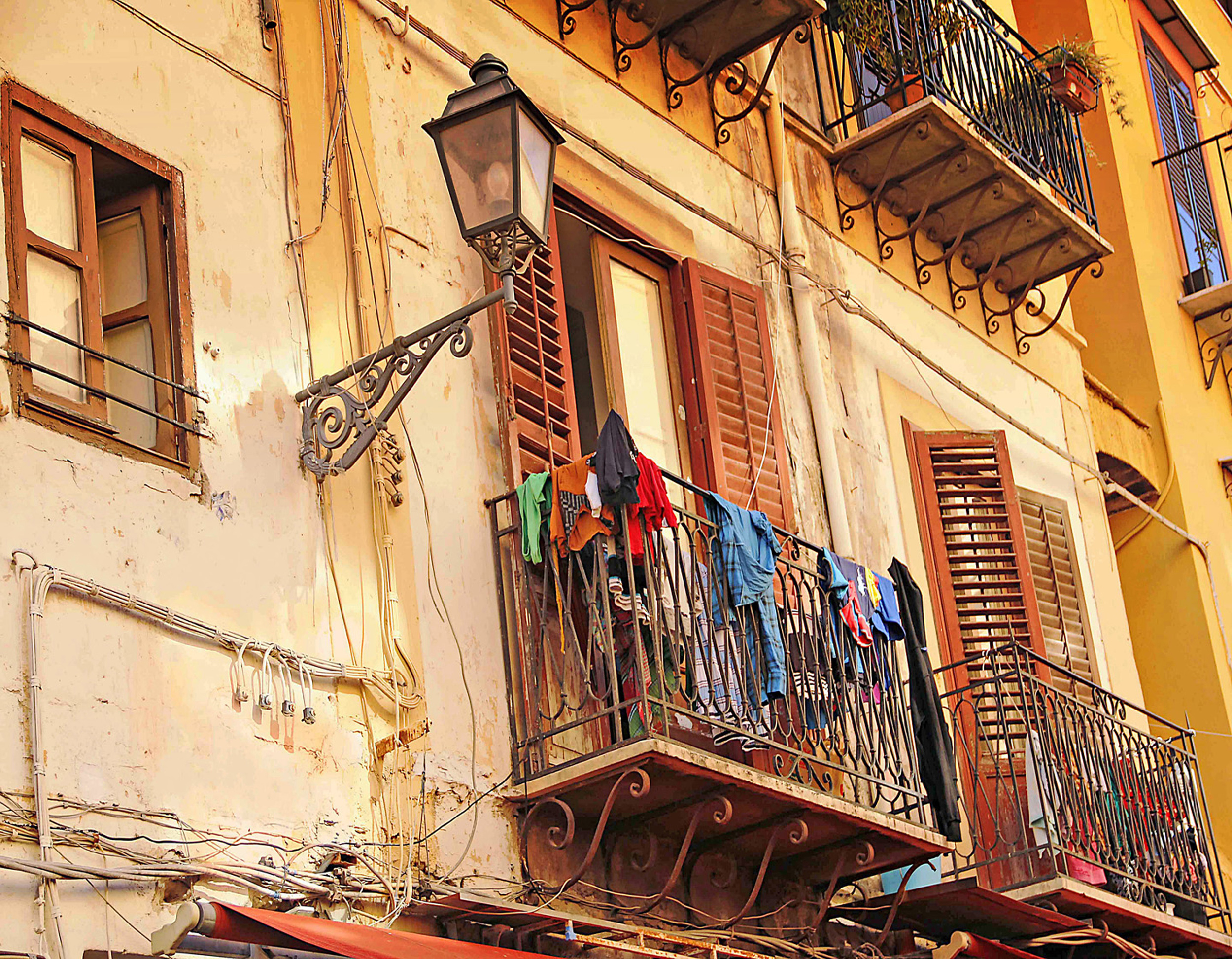 Clothes Drying on a Balcony E102