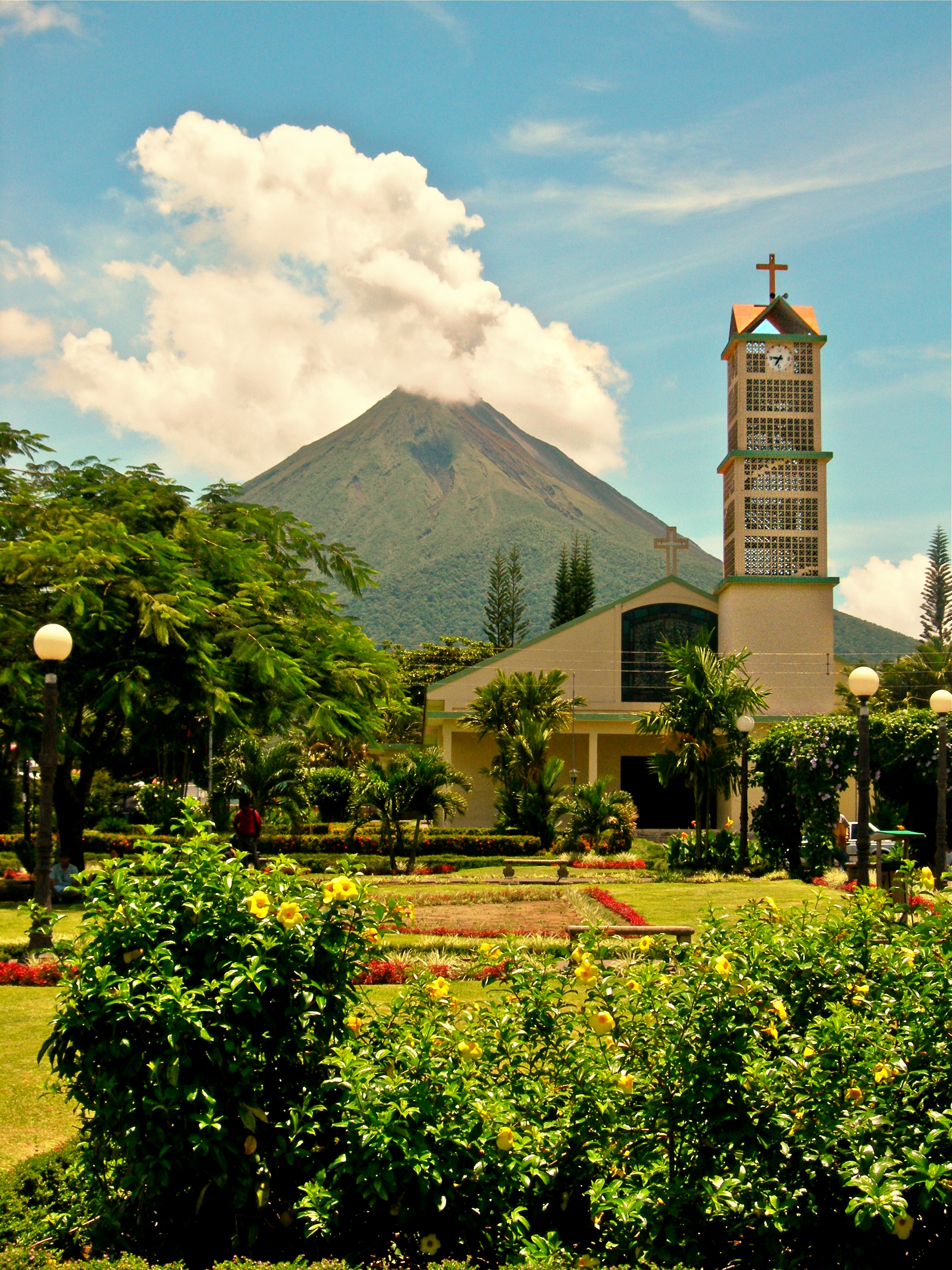 """Active """"Arenal"""" Volcano  L103"""