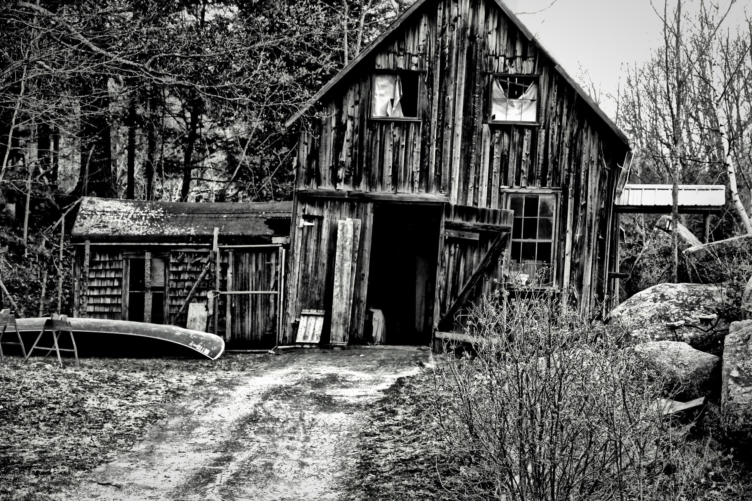 Barn Has Seen Better Days  B103