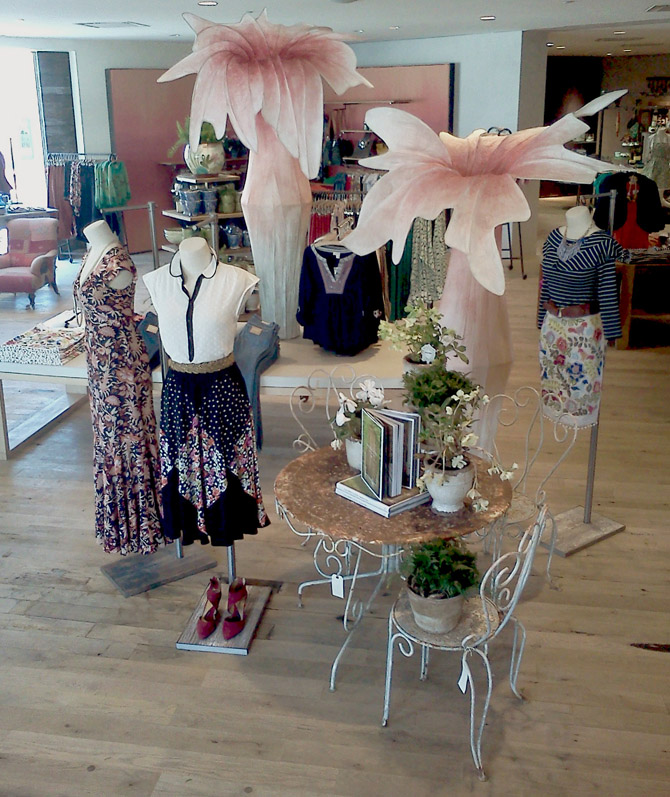 Anthropologie_Flowers_Front of Store_2013_small.jpg