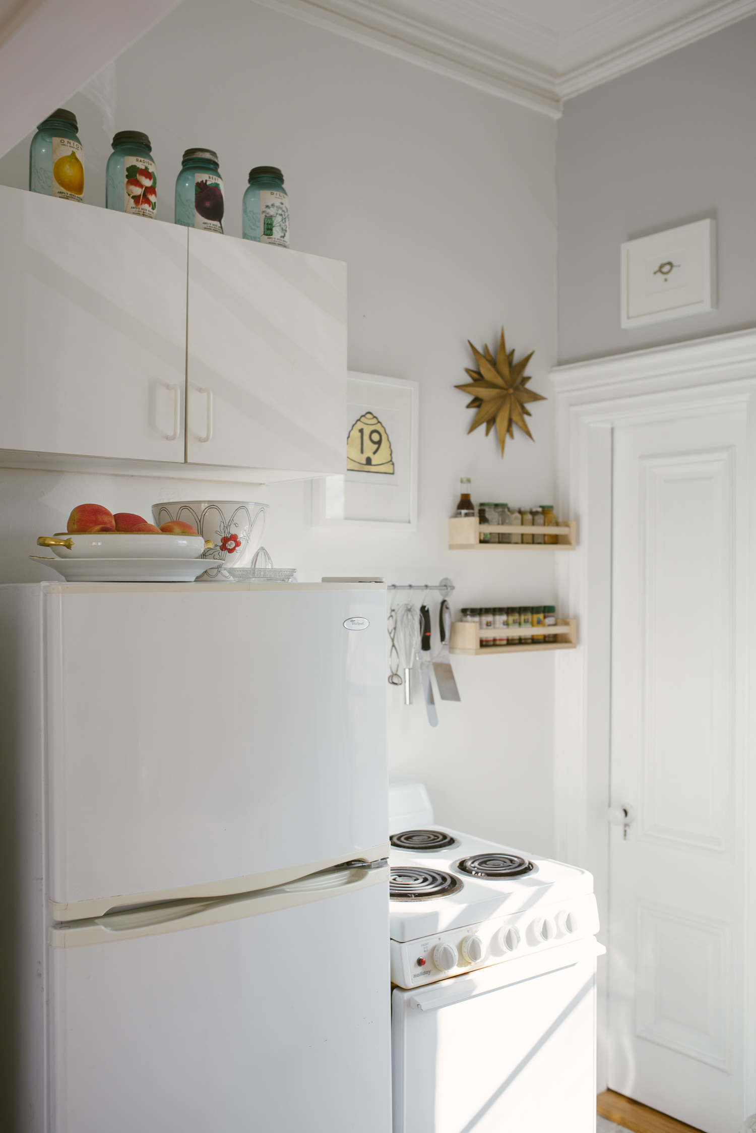 kelly_knapp_kitchen_04.jpg