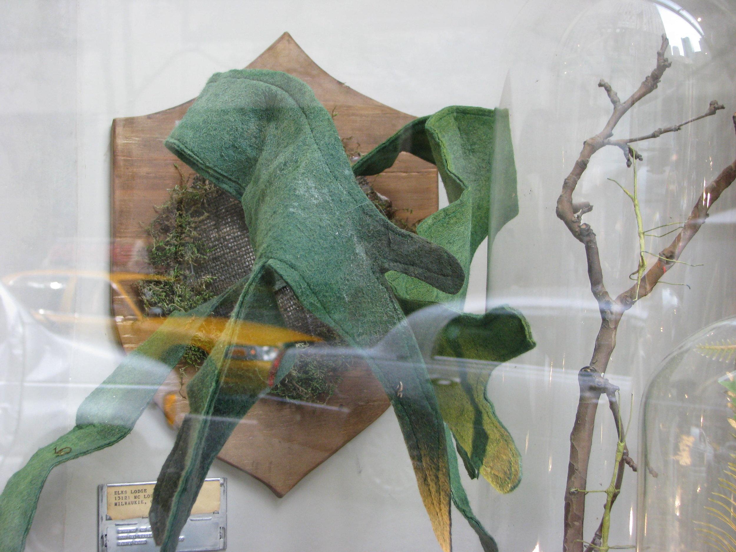 Anthropologie Windows_Dyed Flowers Rock Center_3 029.JPG