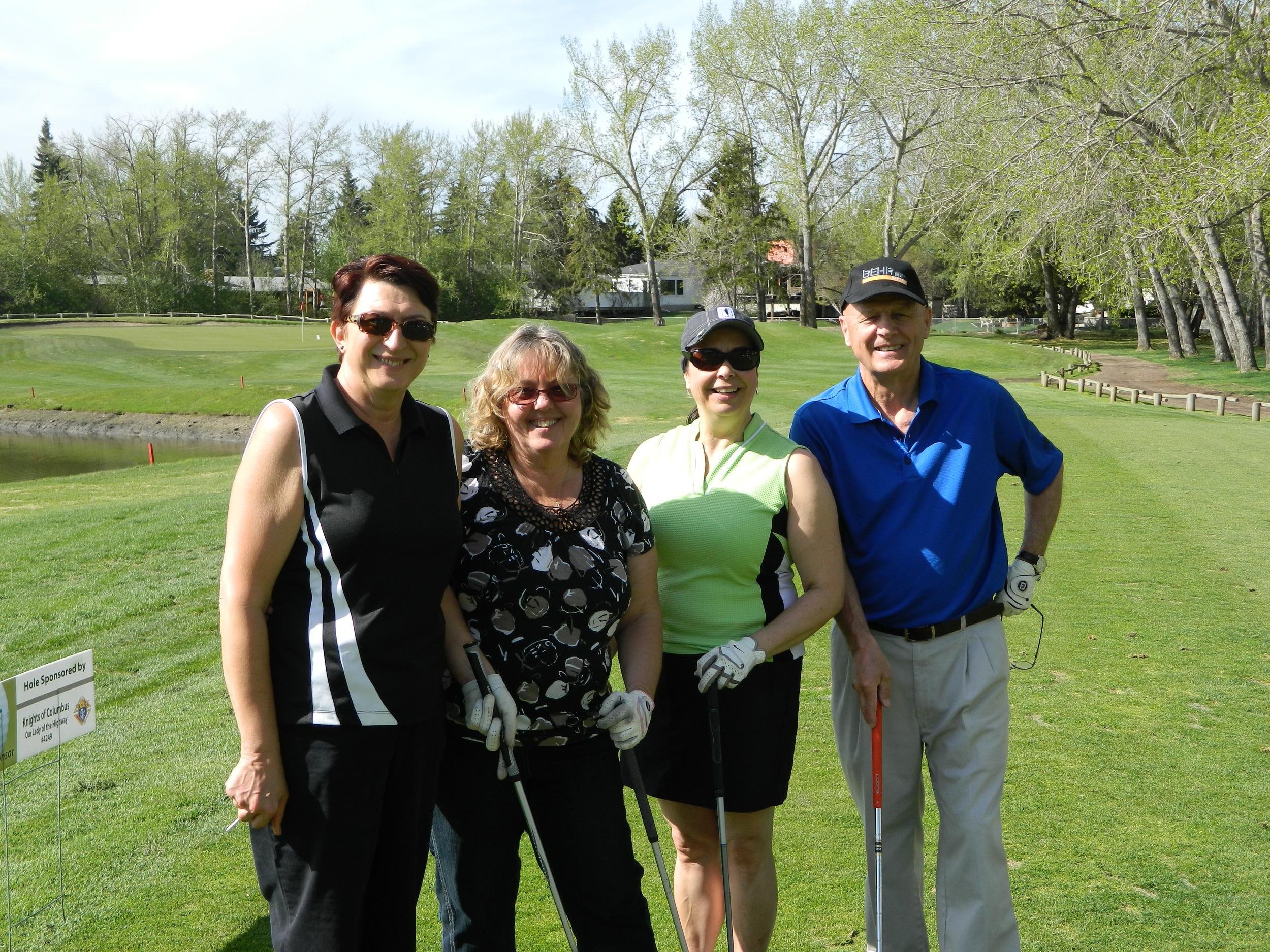 204 golfer pictures 016.jpg