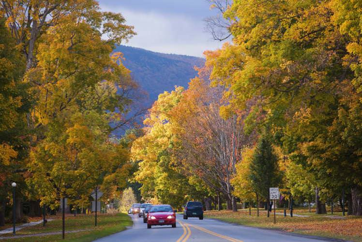 Driving through Manchester, Vermont: Photo credit: Jean-Pierre Lescourret