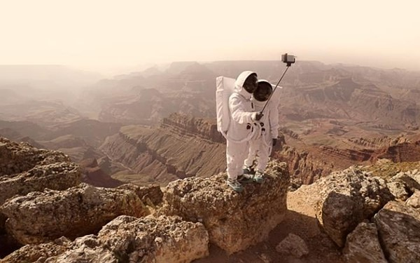 Julien Mauve - Greetings From Mars. 1st Place, Conceptual.