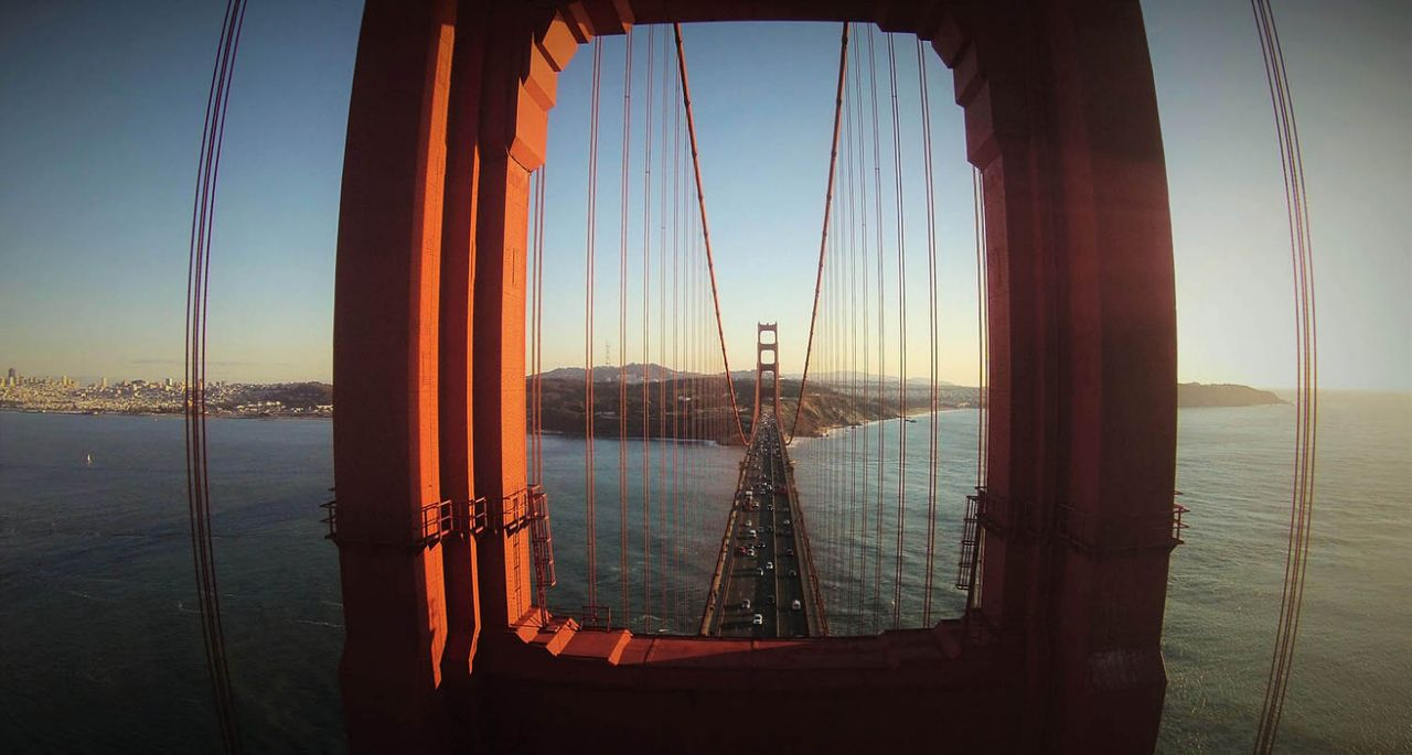 The Golden Gate Bridge, San Francisco. Photo by GotShots, taken at 88 feet.