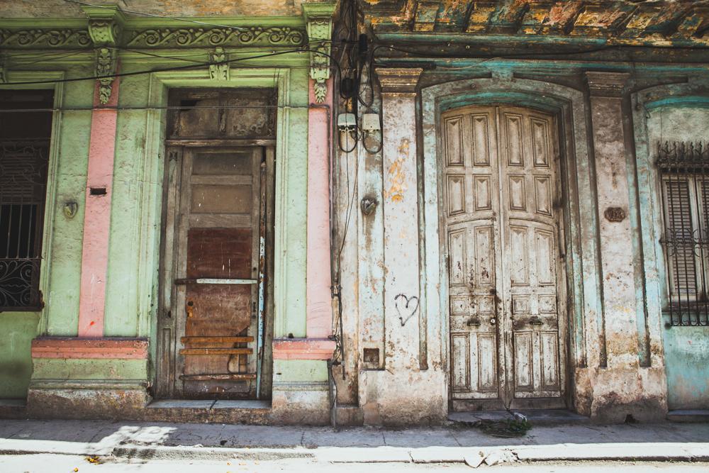 HavanaCubaOldHabanaDoorsStreets.jpg