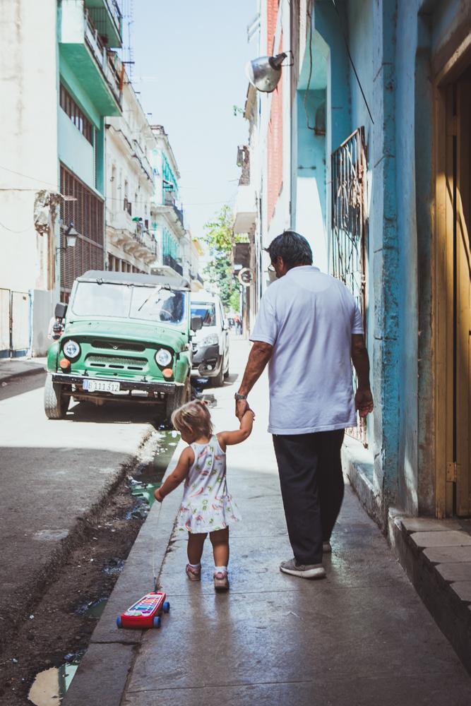HavanaCubaStreetPhotography.jpg