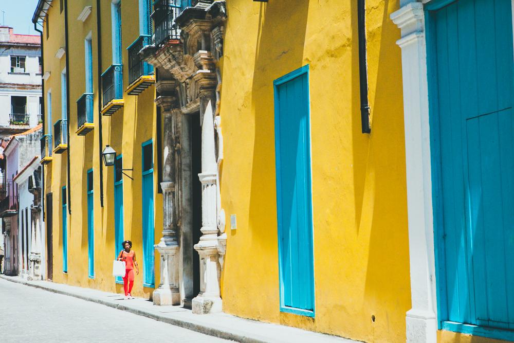 HavanaCubacolorfulwallsjpg