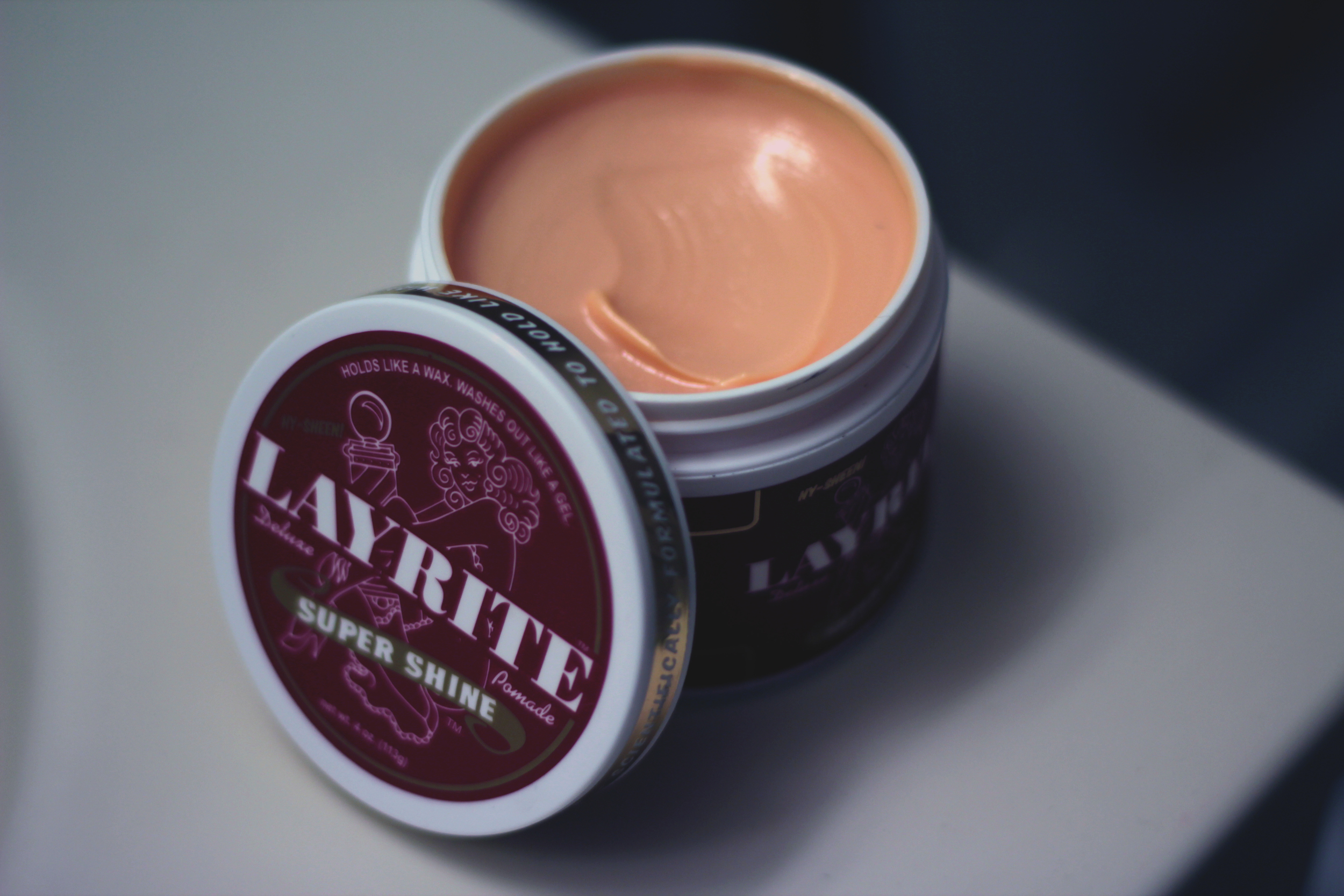 Layrite Deluxe Super Shine Pomade texture