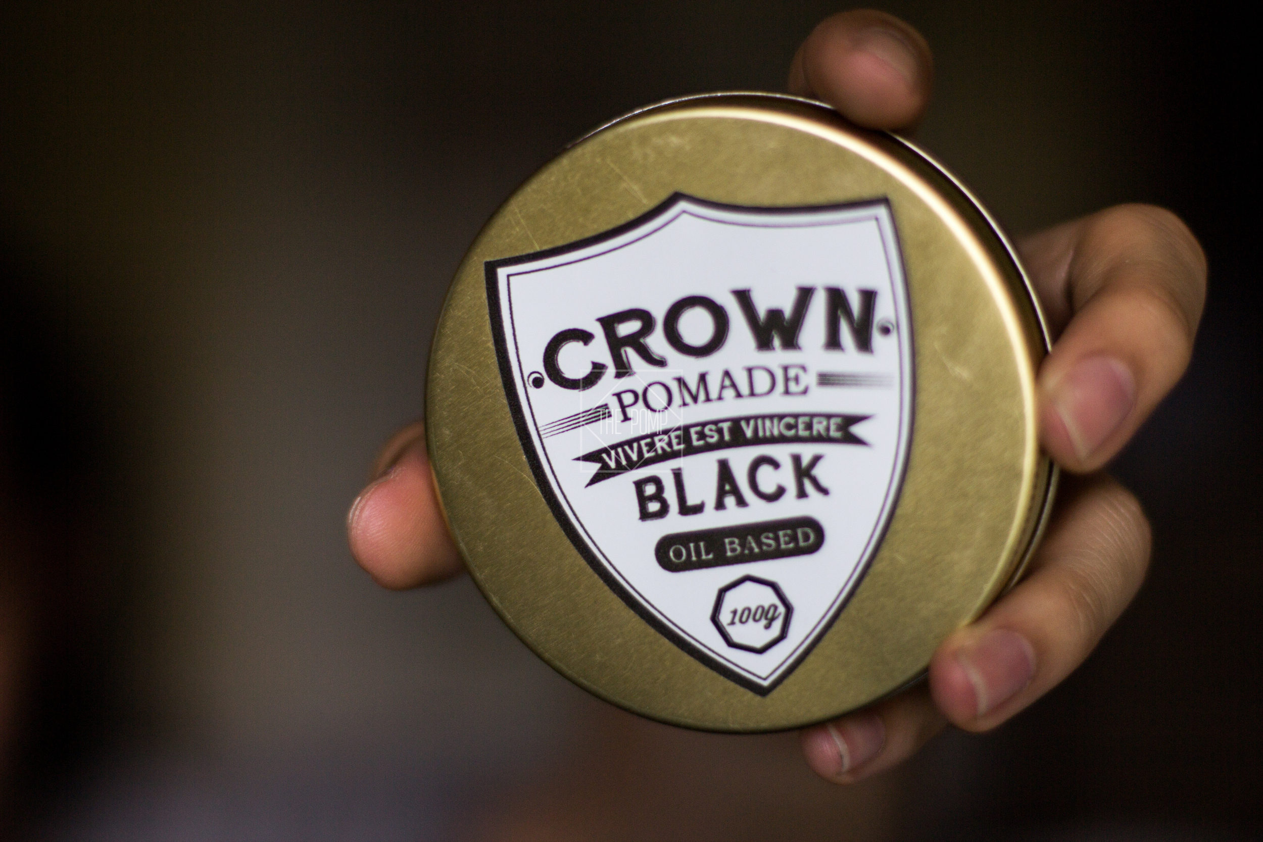 Crown Pomade Black jar