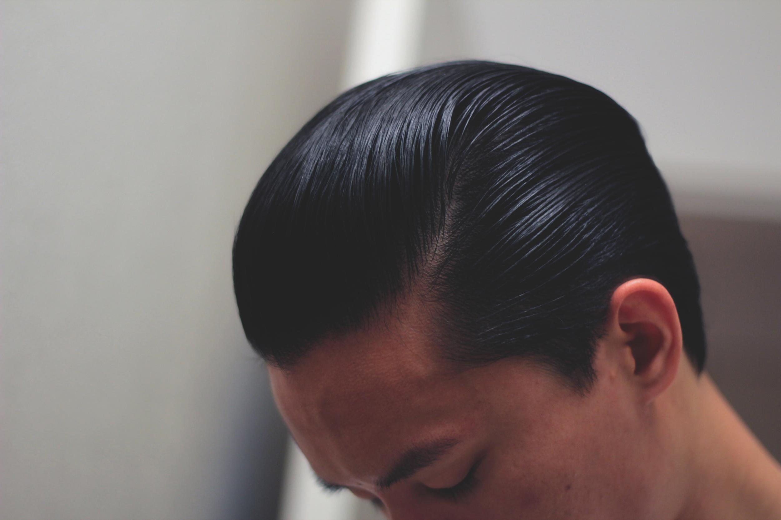 Lockhart's Authentic Hair Pomade Medium Hold - slickness