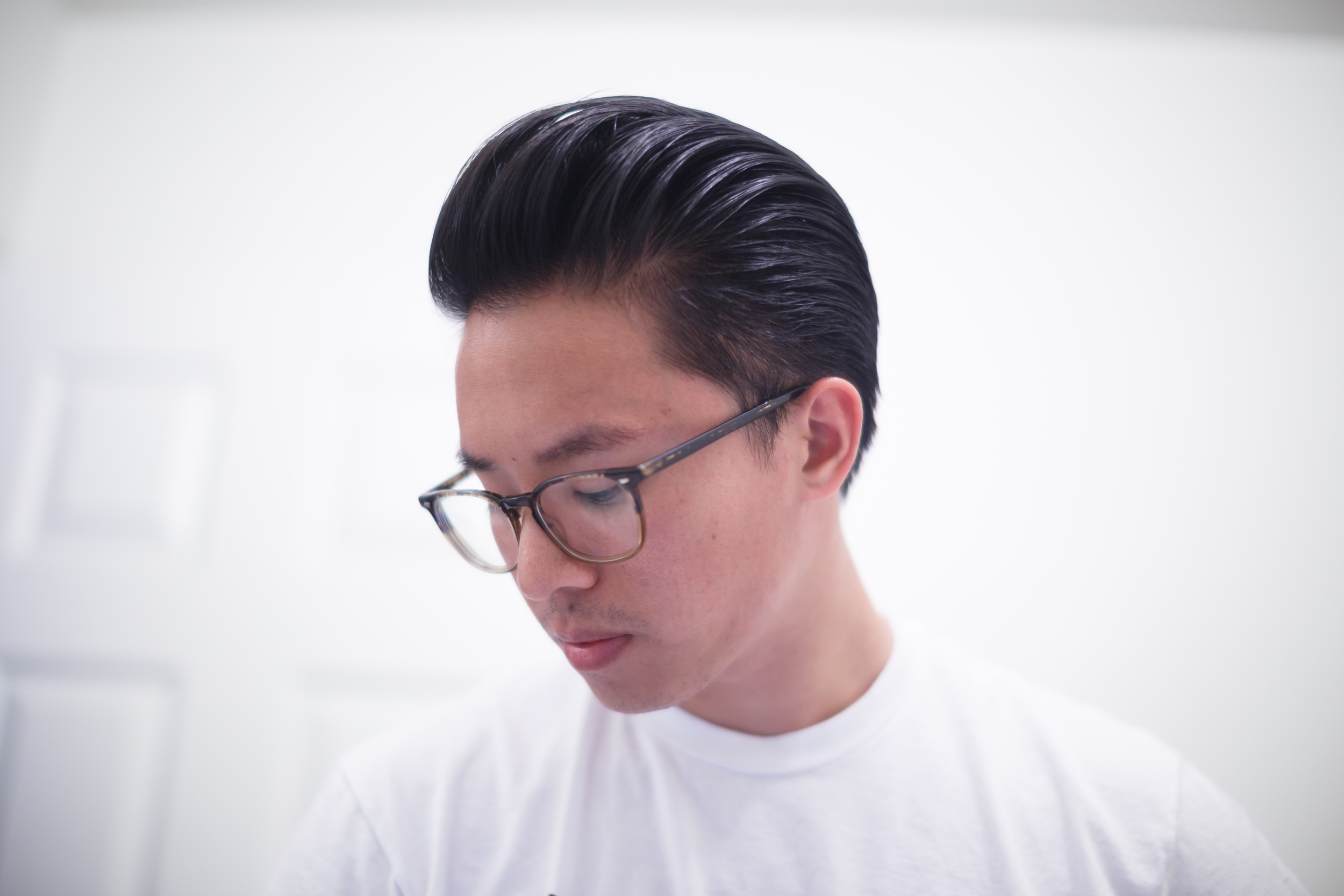 Byrd 'The Free' Light Pomade final slickness