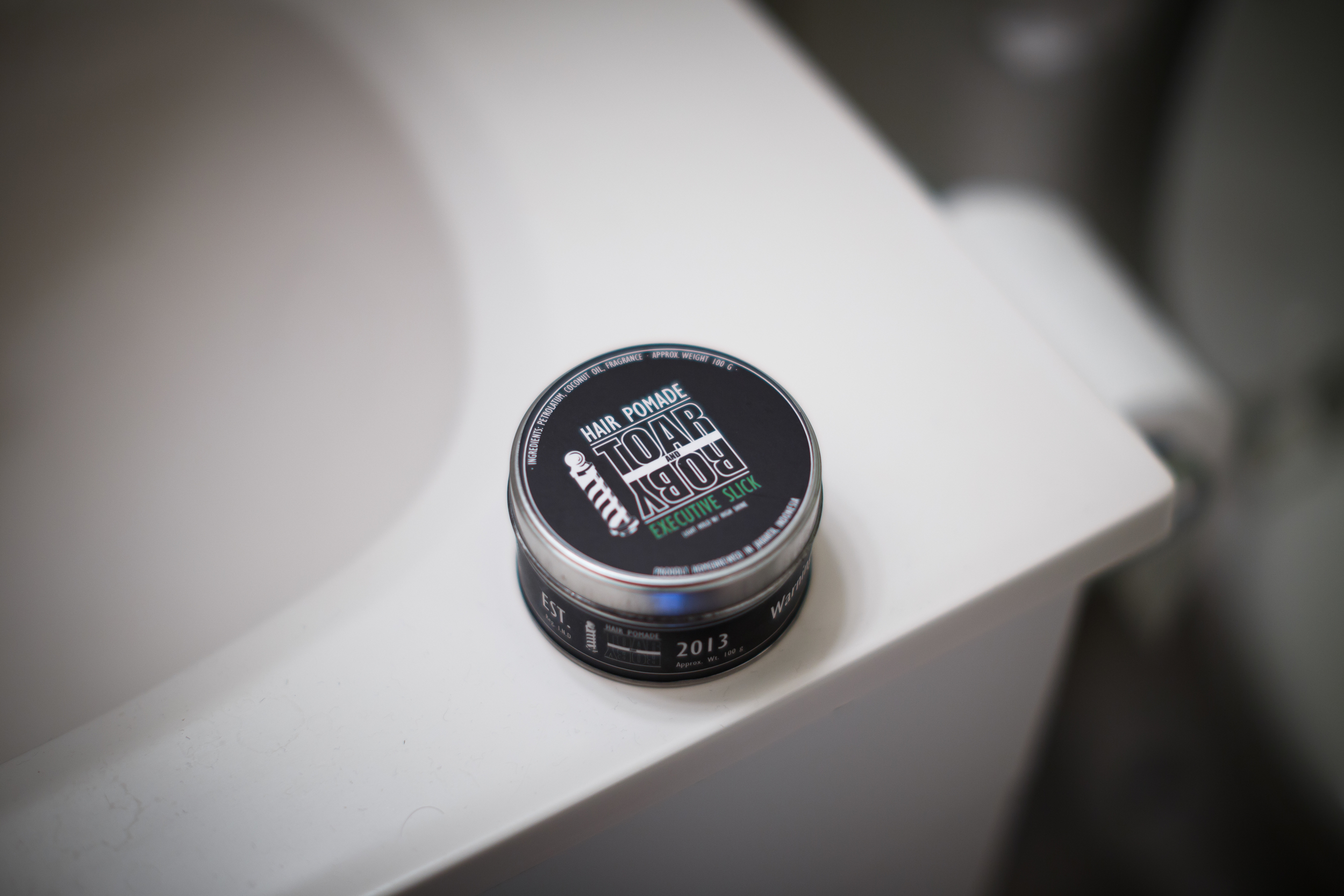 Toar and Roby Executive Slick Hair Pomade The Pomp Pompadour Oil-Based Oil Based Grease Light Hold High Shine Jar Tin Can