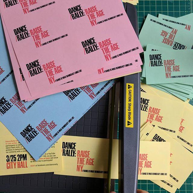 Change of location = More flyers 😎 . . . #design #cropping #graphicdesign #activism #activist #demonstration #protest #civicengagement #danceflashmob #raisetheageny #cityhall #puttingthemoveinmovement #danceiswhatdemocracylookslike
