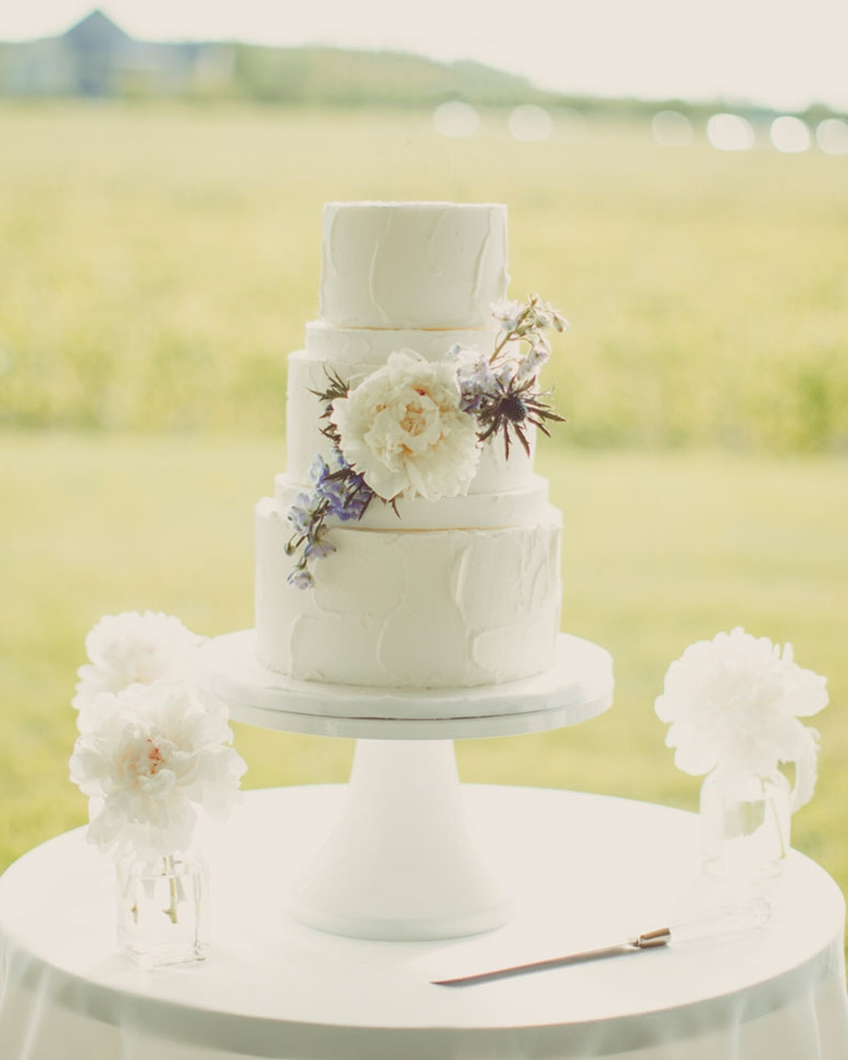 cake-farm-white.jpg