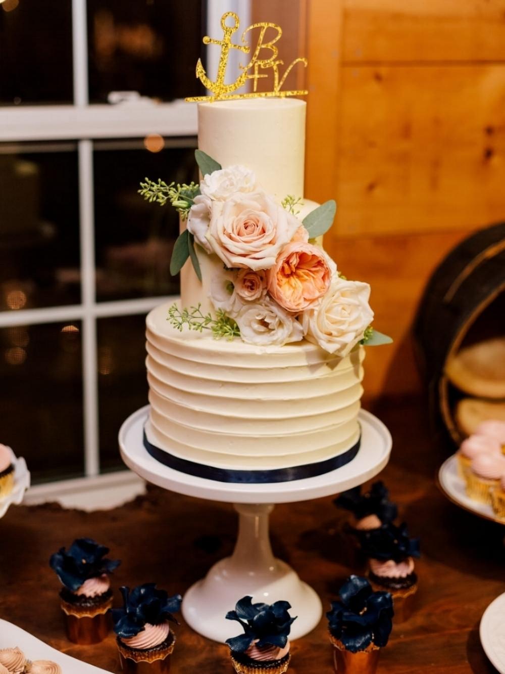 Kurtz Orchard - Purple Tree Photography Wedding Cake