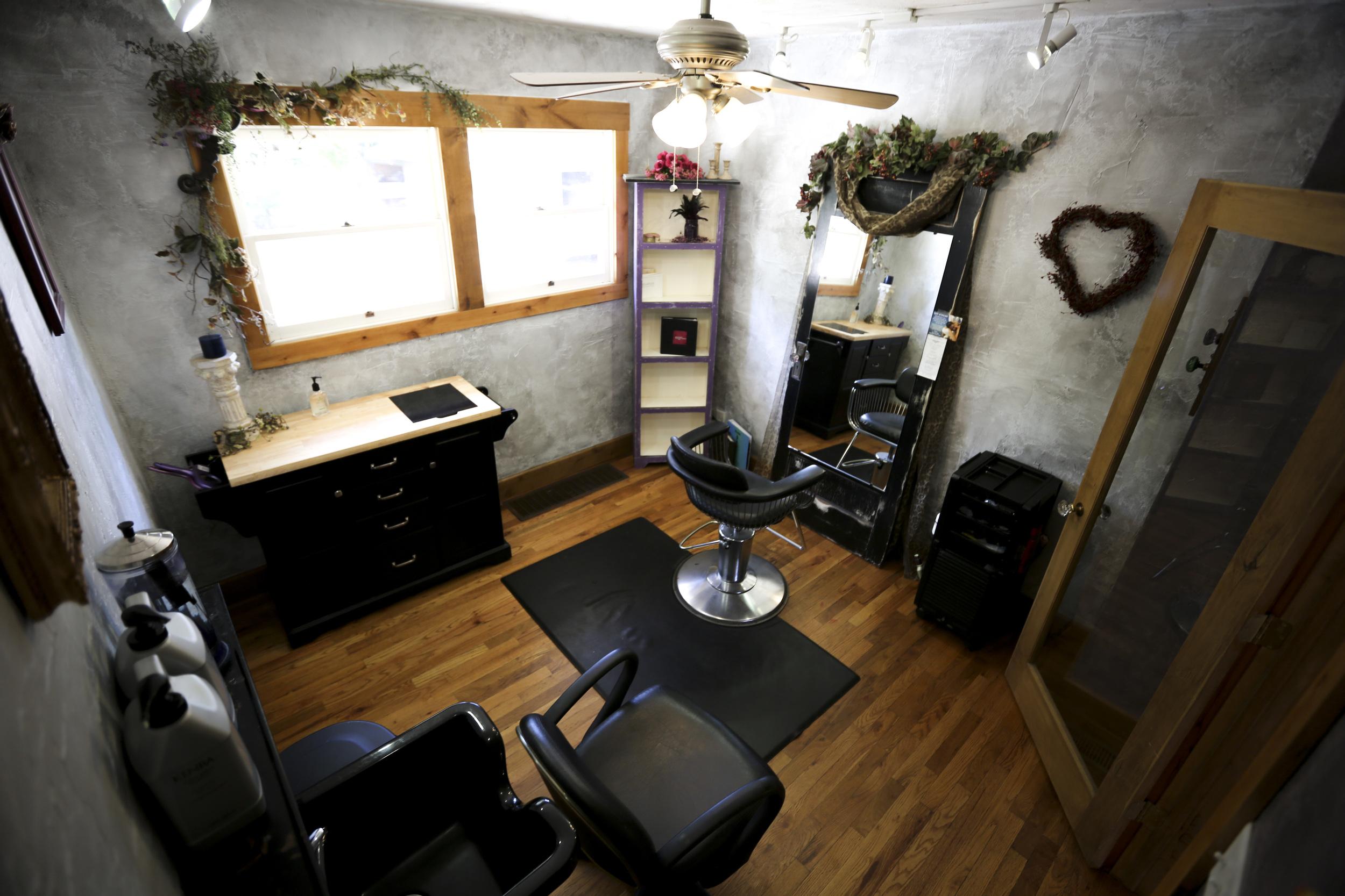 20150917_Mane Door Salon_14_5dmk3.jpg