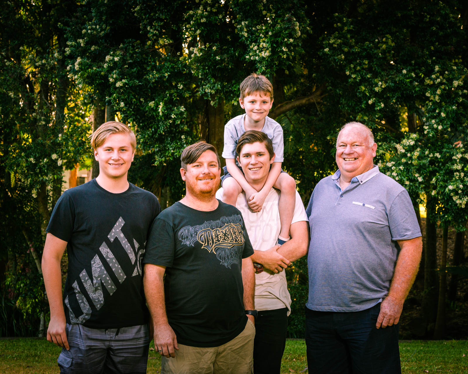 generation extended family portrait in centenary lakes caboolture