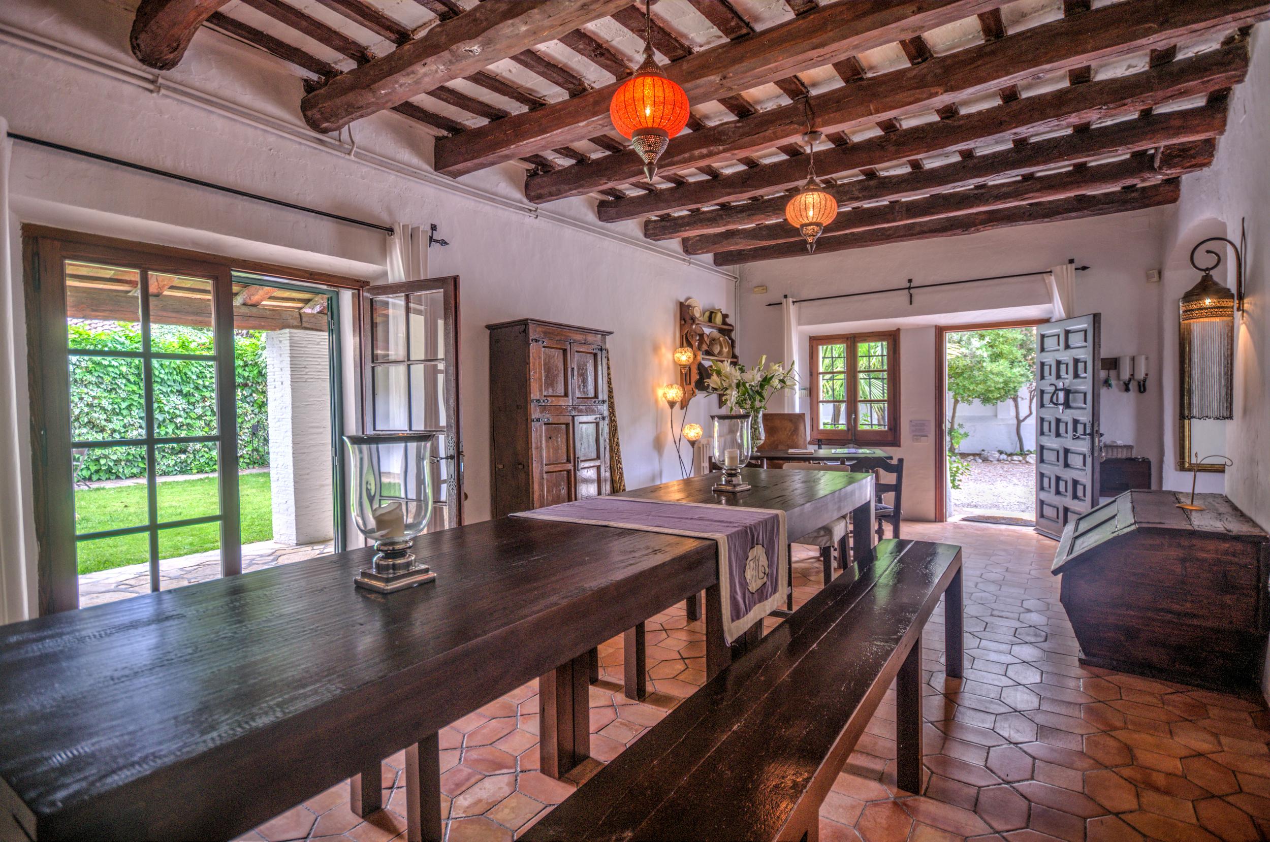 56 Masia Pairal indoor dining area.jpg
