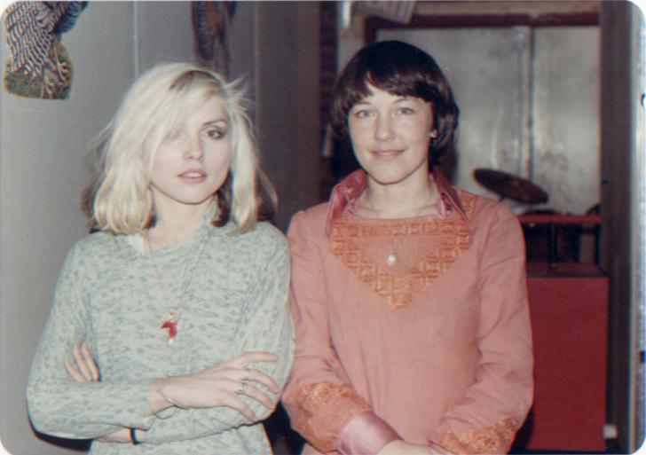 Bettie & Blondie