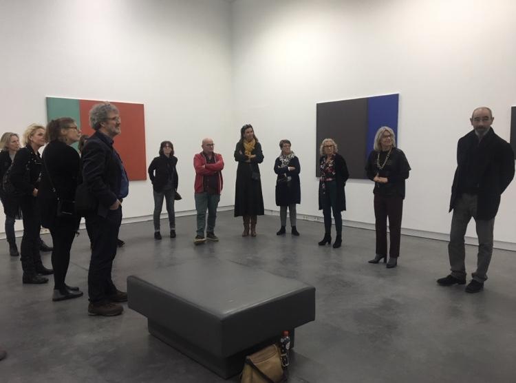 Guided tour met Michaël de Kok (rechts) in Museum De Pont in Tilburg