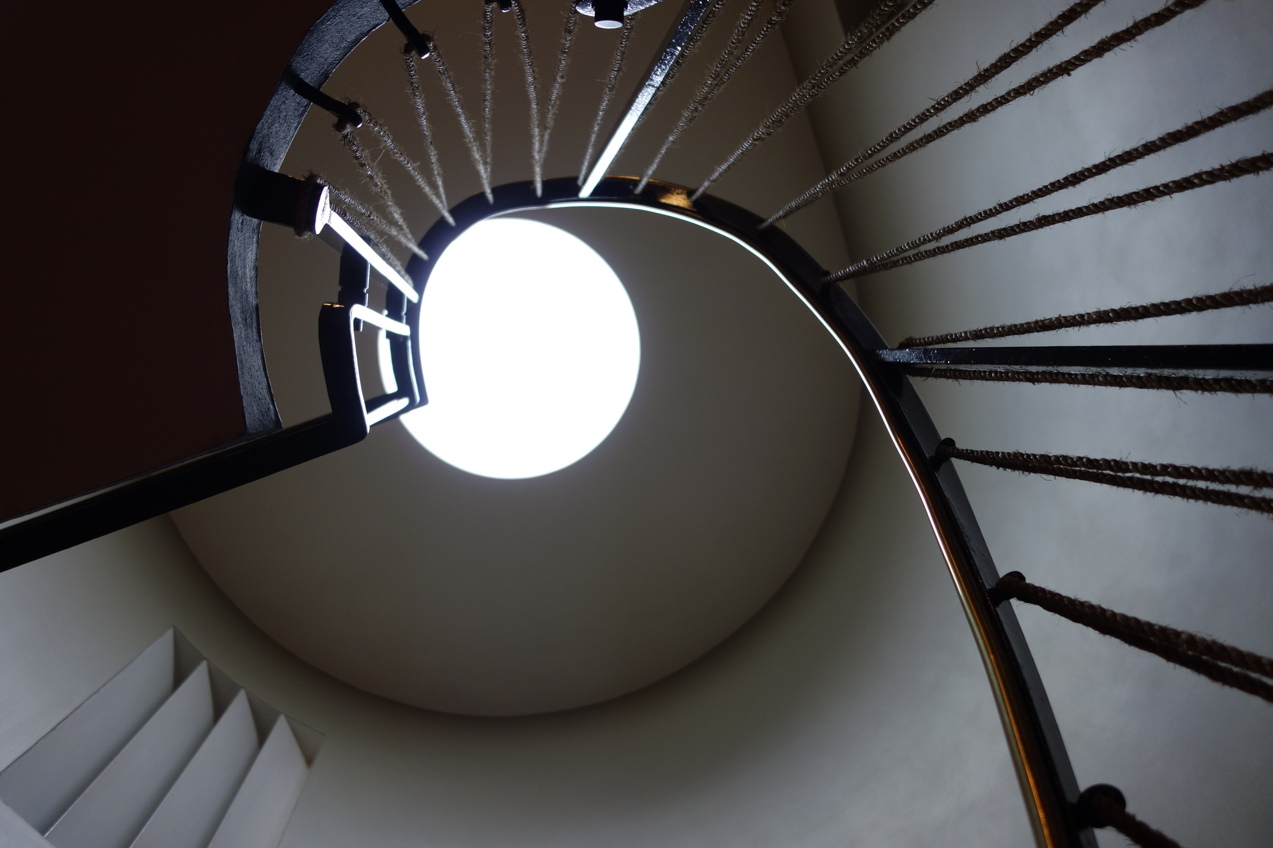 2 WILLOW ROAD STAIRCASE TOP