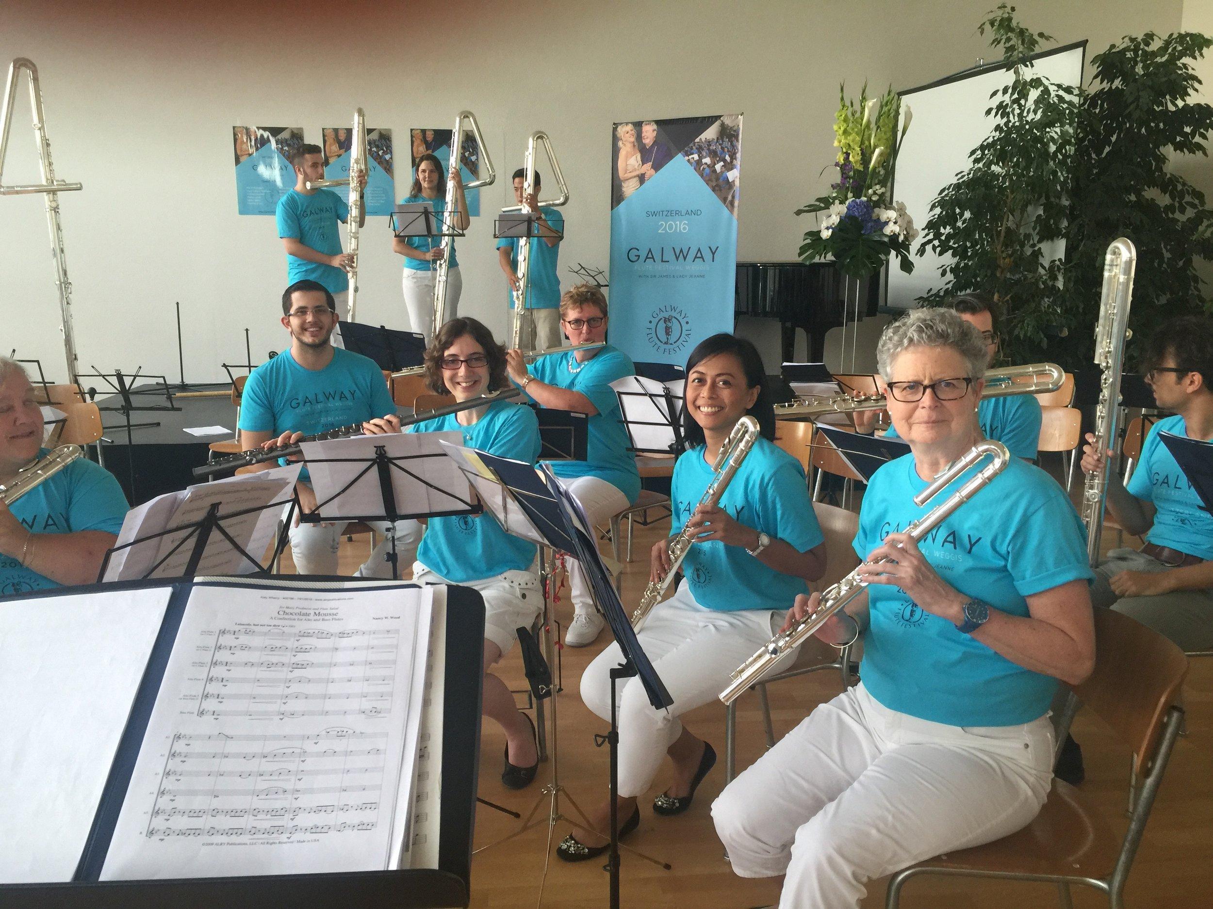 Low Flute Choir