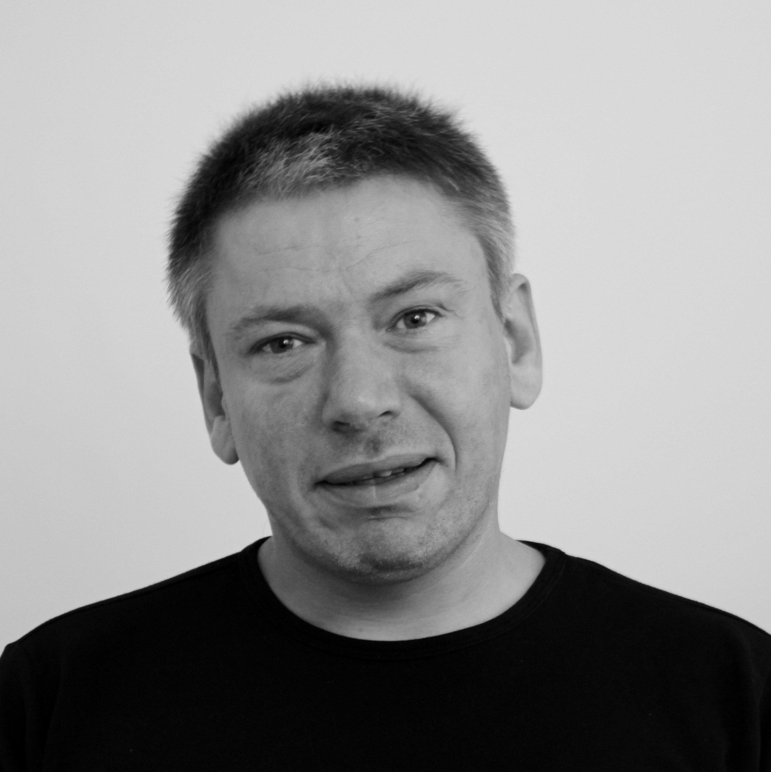 Kenneth Pedersen (KP)   Lærer,   Tlf.54604040   kp@bindernaes.dk