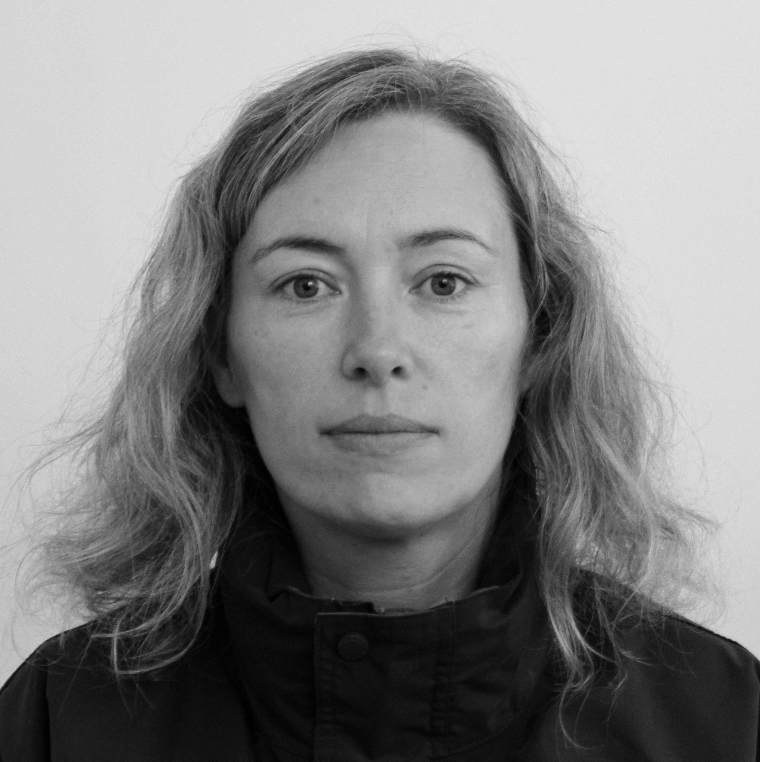 Mette Pedersen   Lærer  / Studievejleder  54604040   me@bindernaes.dk