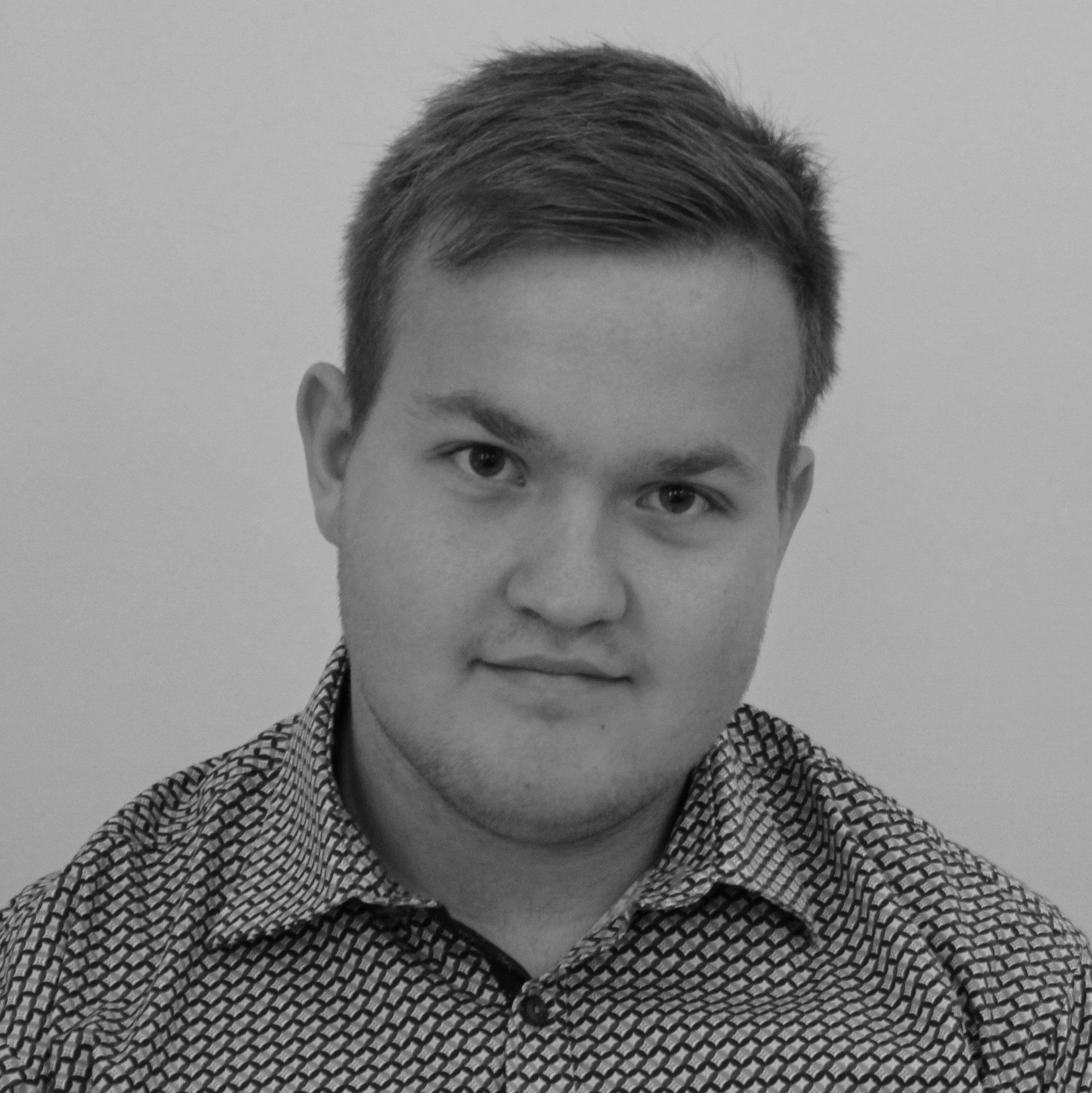 Frederik Christian Petersen   (FCP)   Kontorelev ,  Tlf. 54 60 40 40   fcp@bindernaes.dk