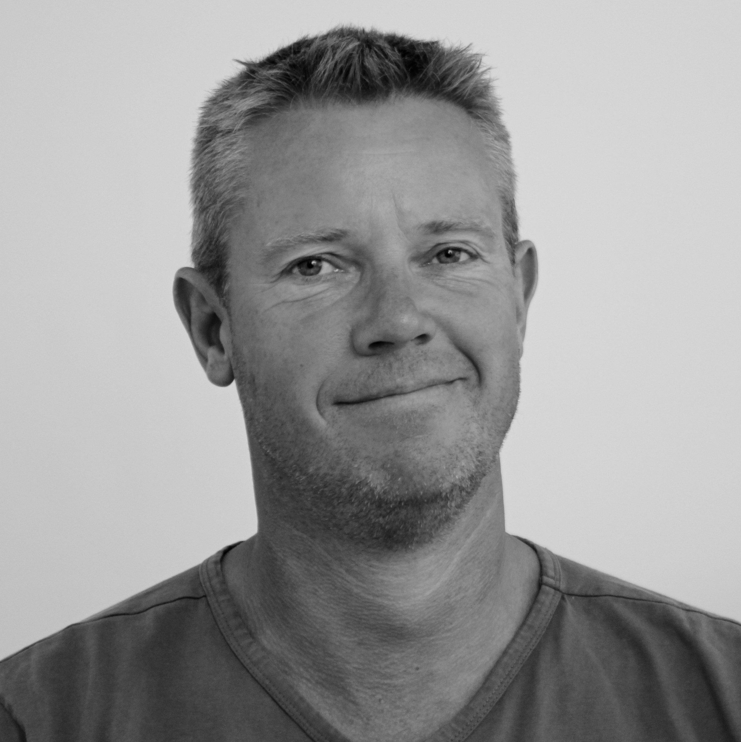 Mads Holm Pedersen (MP)   Lærer   54 60 40 40   mp@bindernaes.dk