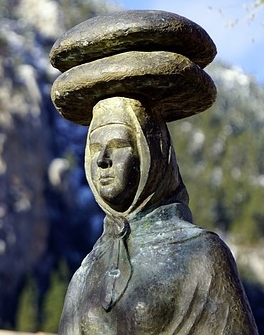 statue-2905239_640.jpg