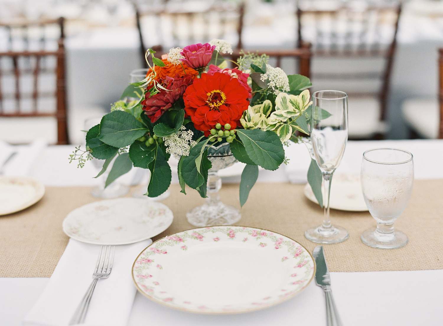 Antique china - .We have enough place settings for over 130 guests if you wish to achieve the