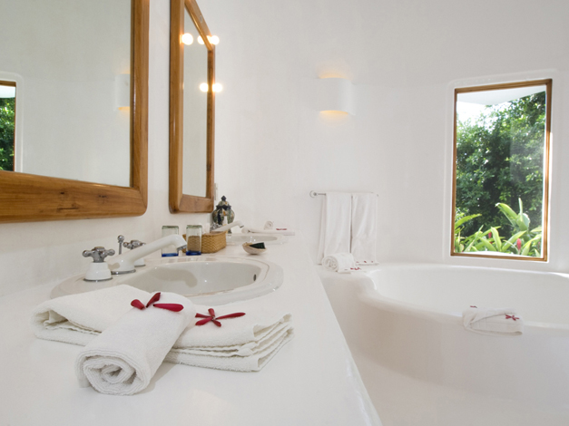 guest_bath.jpg