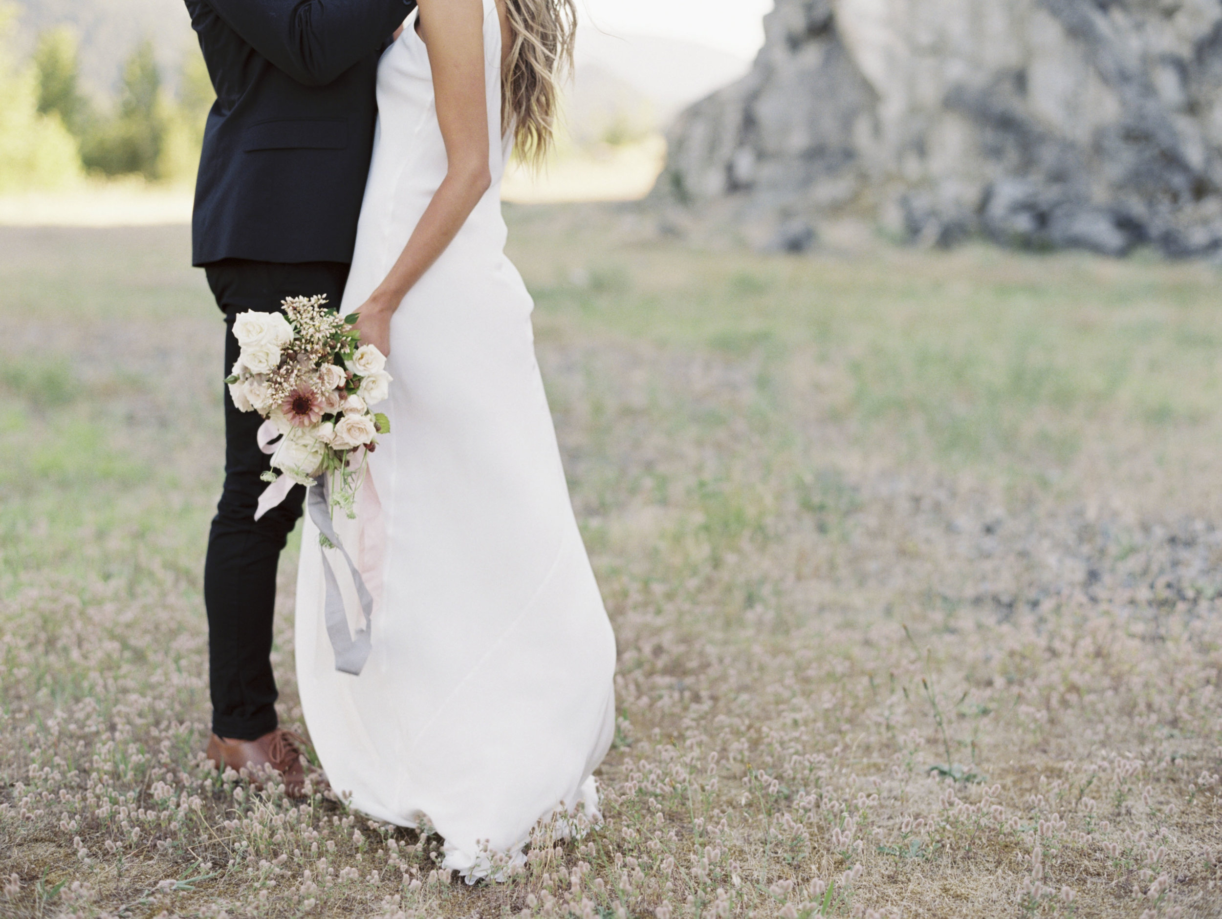 Oregon Elopement Photography, columbia gorge, Amanda Lenhardt Photography