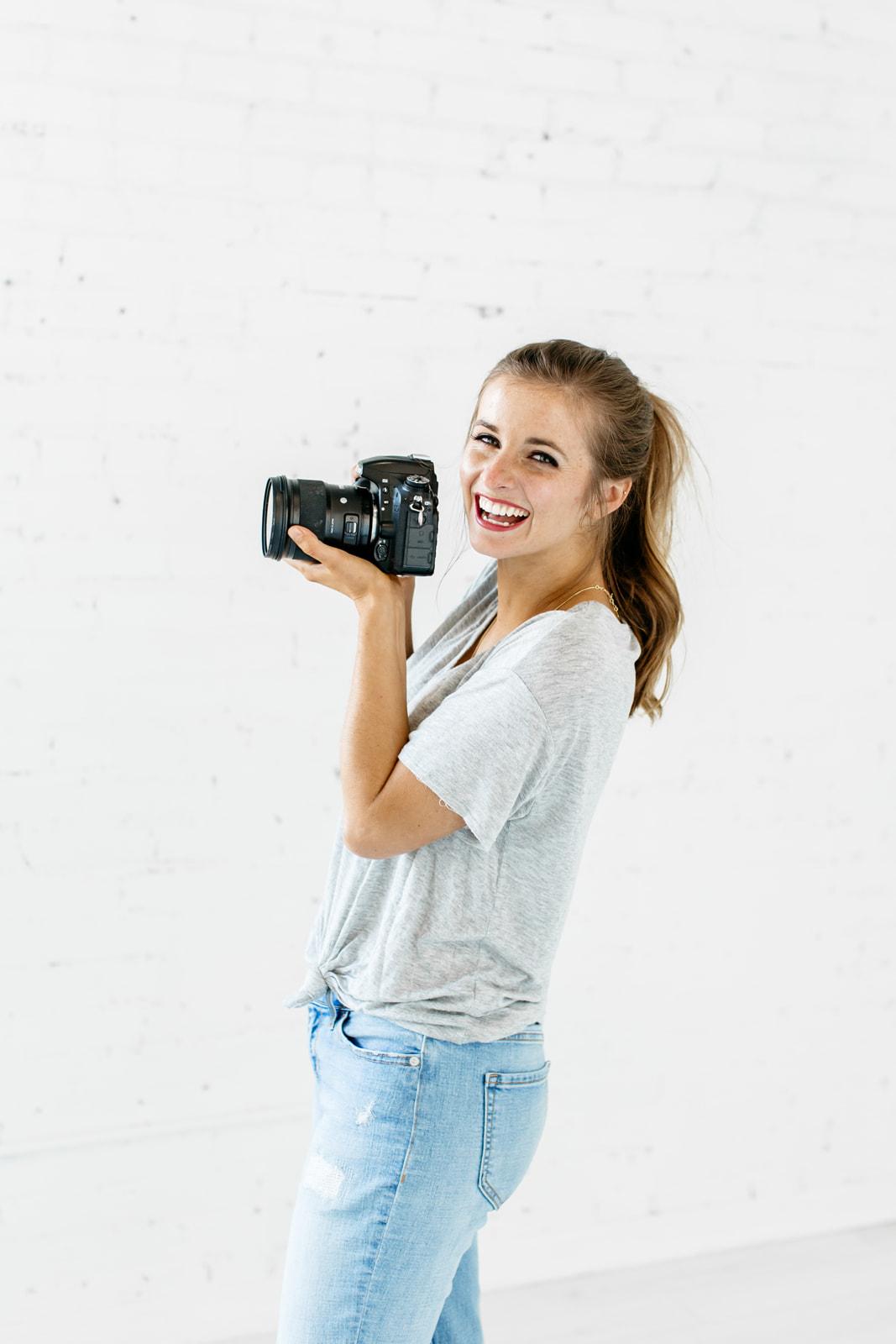 Alexa-Vossler-Photo_Dallas-Headshot-Photographer_Photographer-Headshots-at-The-Lumen-Room_Kelcy-Enriquez-23.jpg