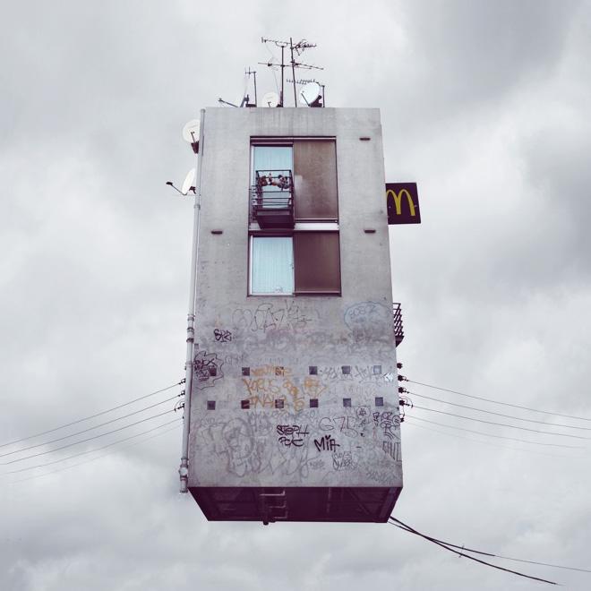 flyinghouses_03.jpg