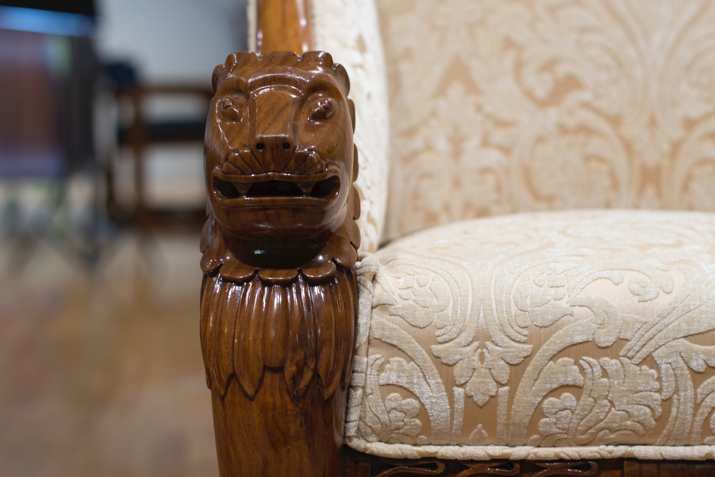 Leo+Armchair+Closeup.jpg