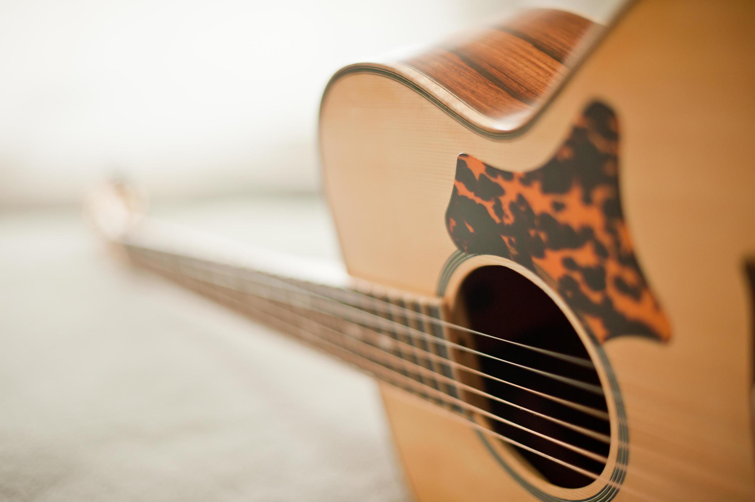 Hawkins Guitar OM Spruce