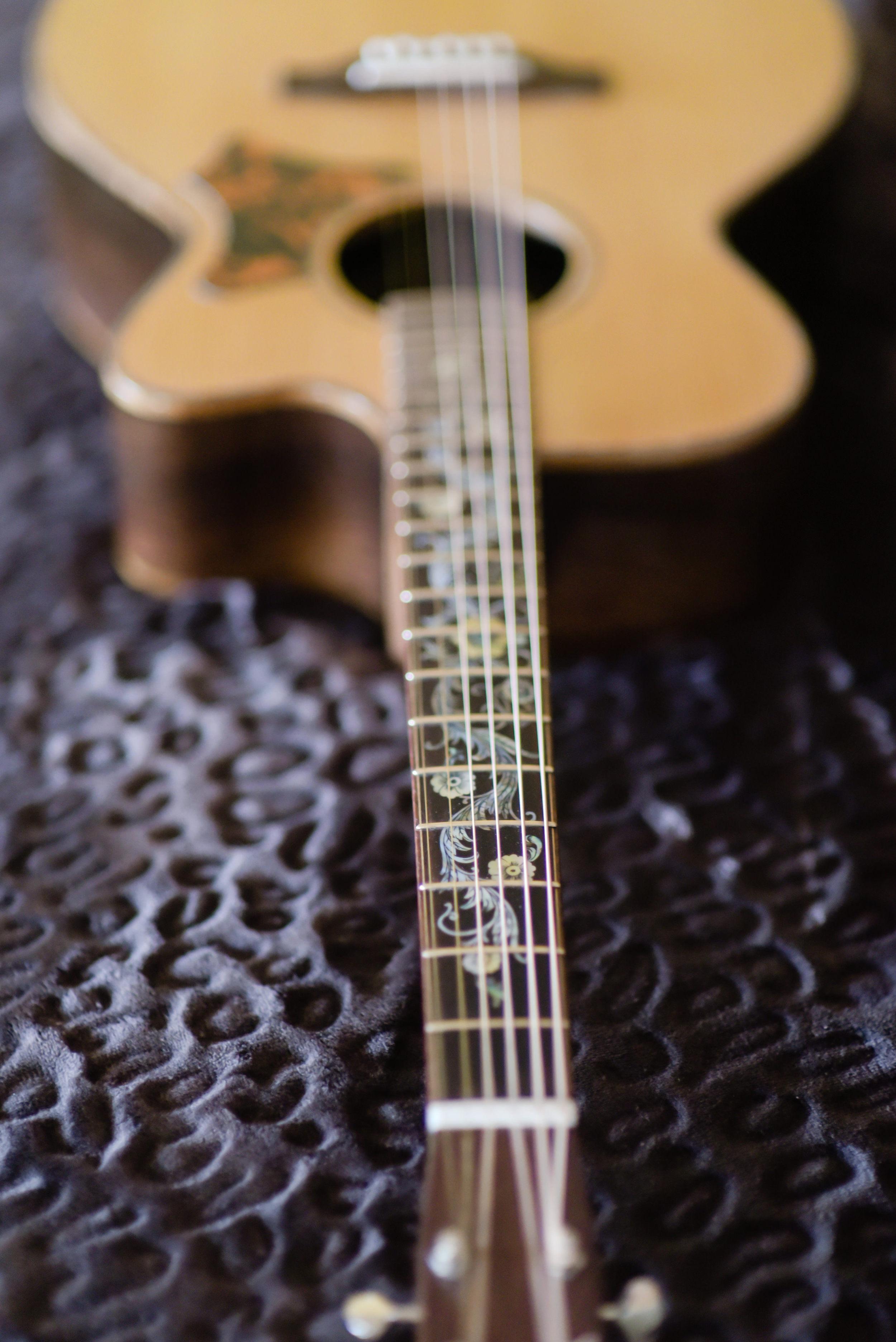 Hawkins Guitar Cutaway OM