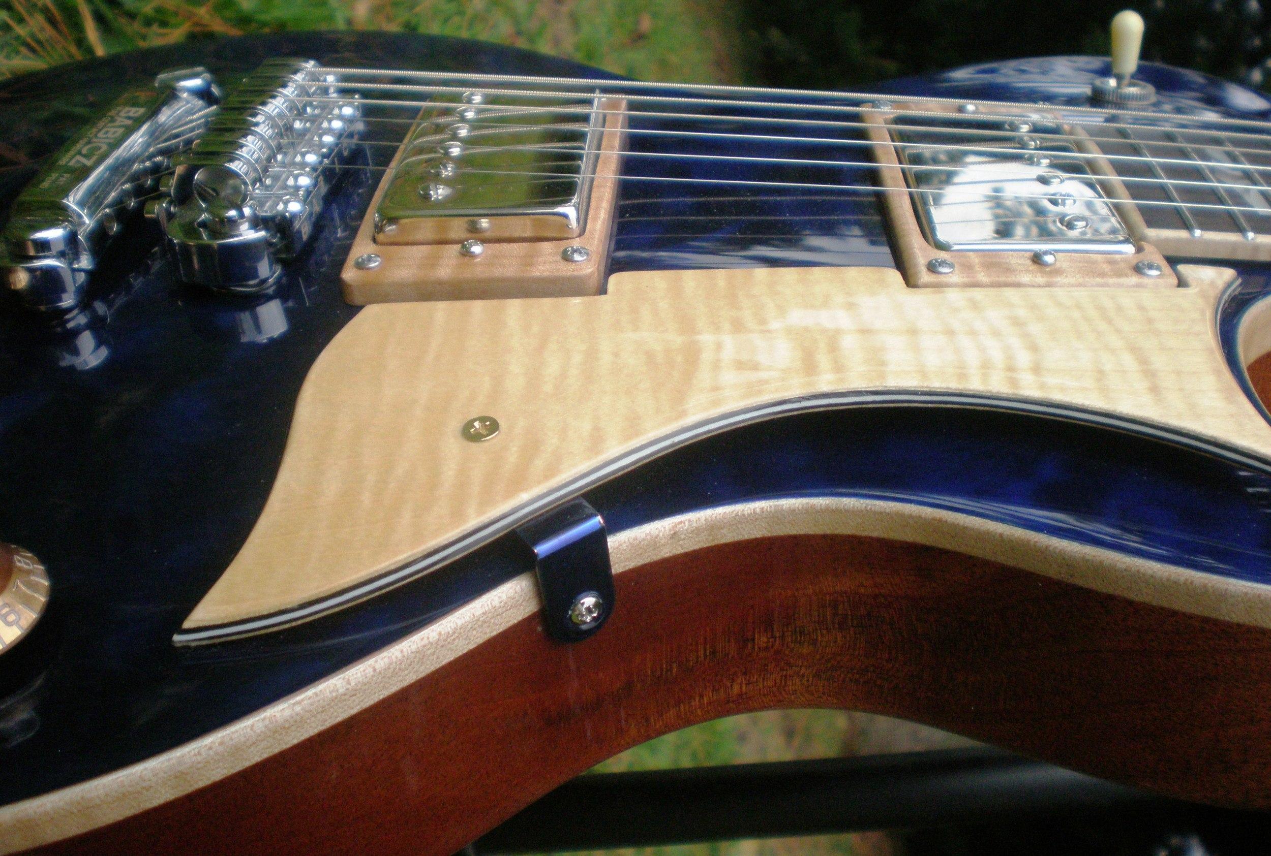 Hawkins Les Paul Style Guitar Pick Guard
