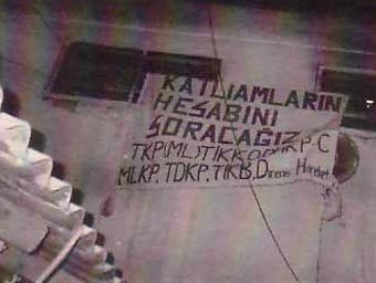 umraniye_ceza_evi_bir_pankart.jpg