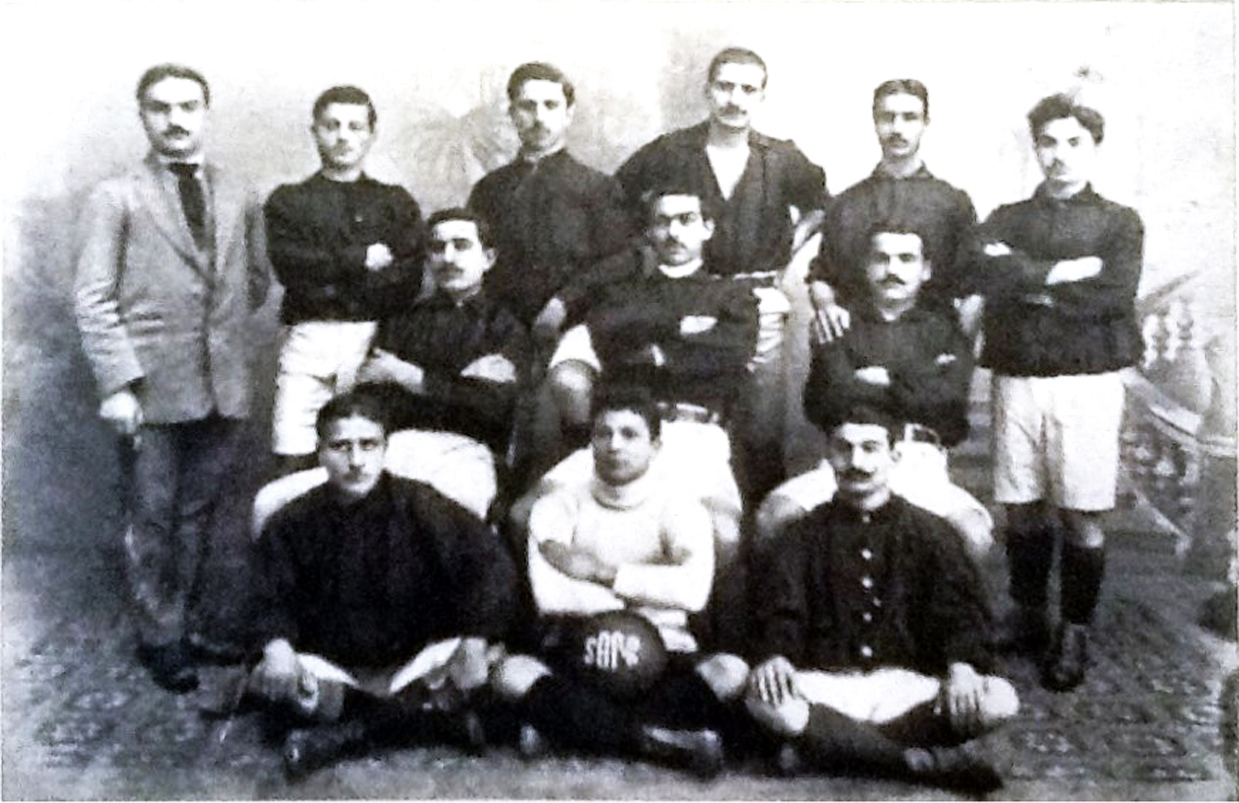 İstanbul Dork armenian Football Club.jpg