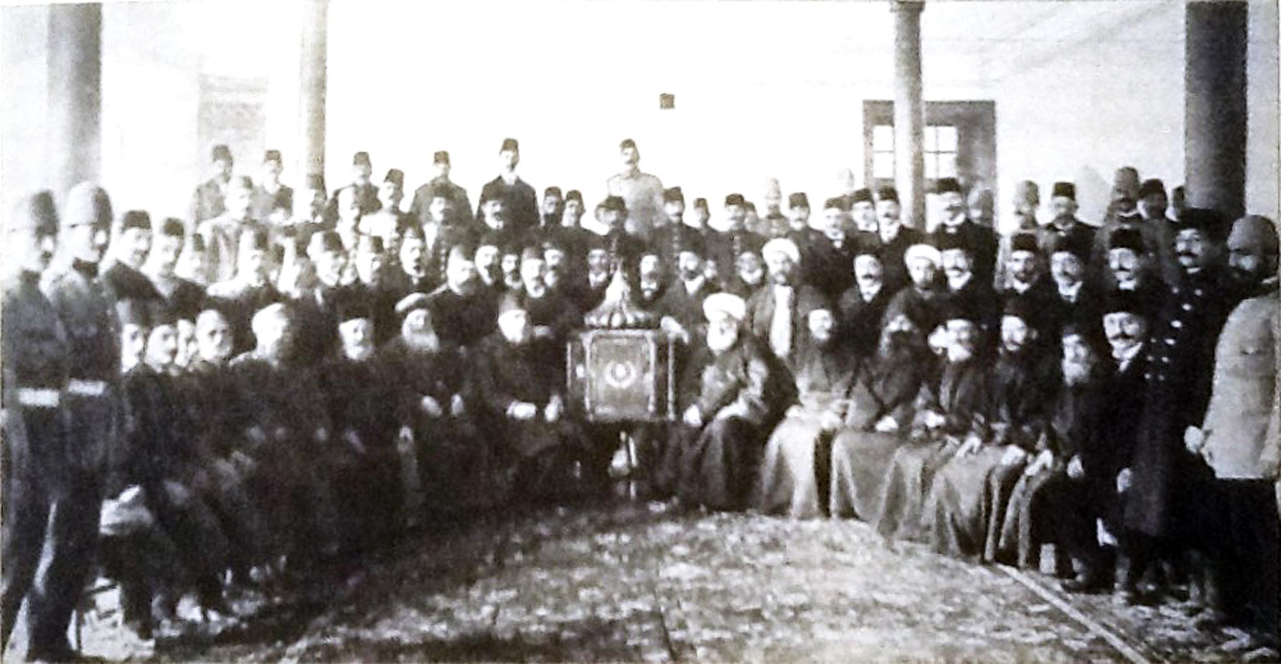 İstanbul Osmanlı Seçim Komitesi Bütün cemaat temsilcileri.jpg